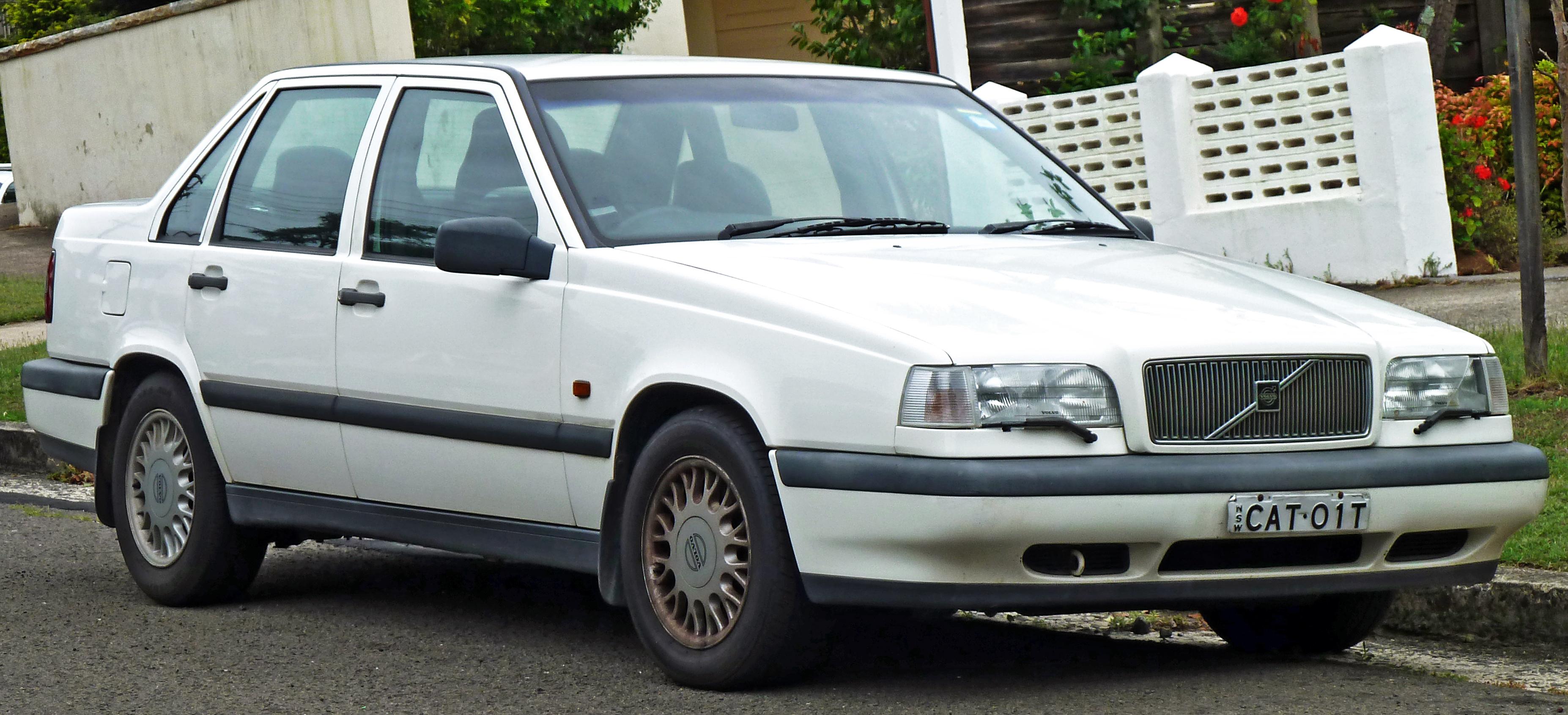 File:1994-1997 Volvo 850 SE 2.5 sedan (2011-01-13) 01.jpg - Wikimedia Commons
