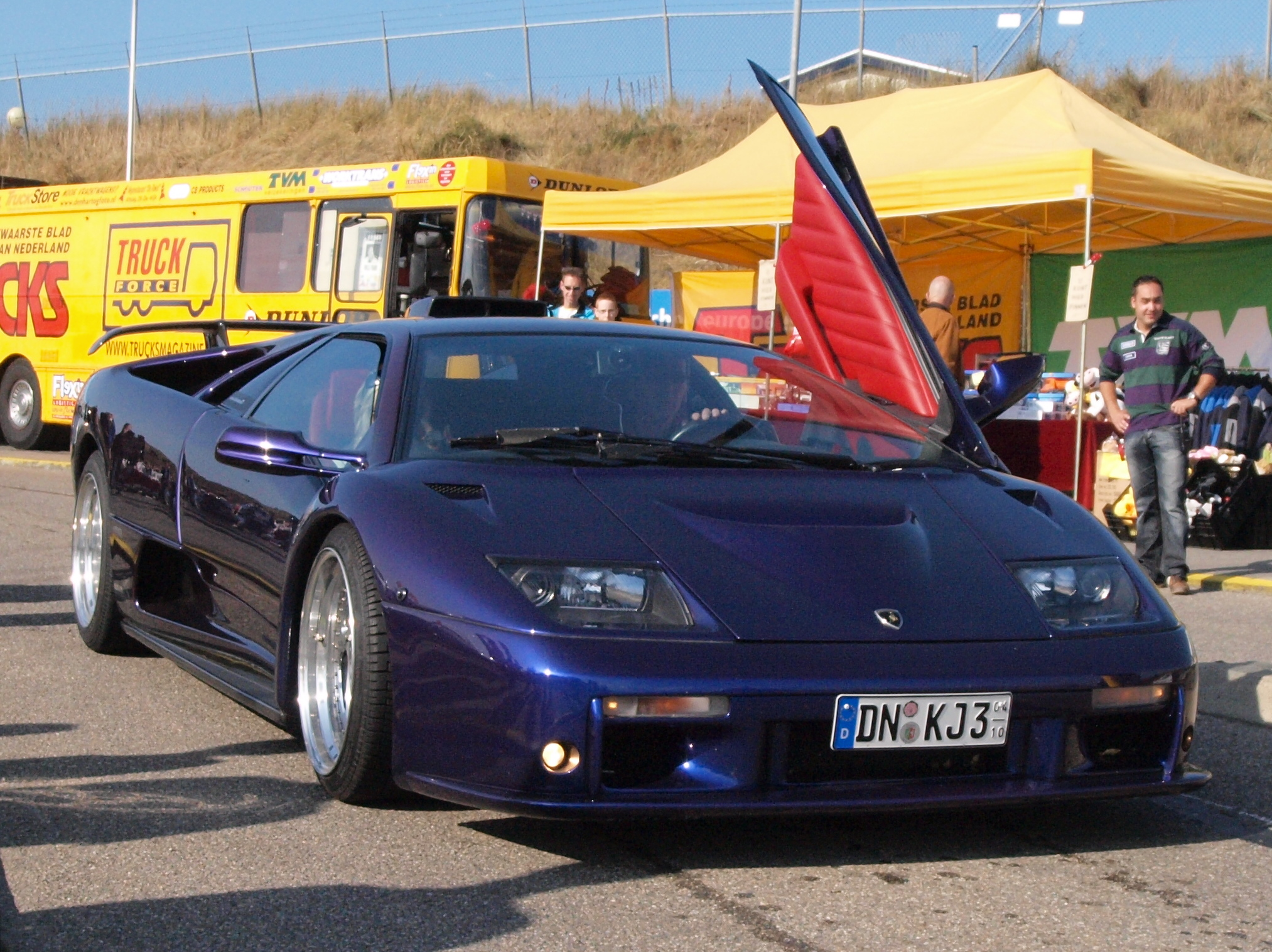 File2000 Lamborghini Diablo GT German Registration DN