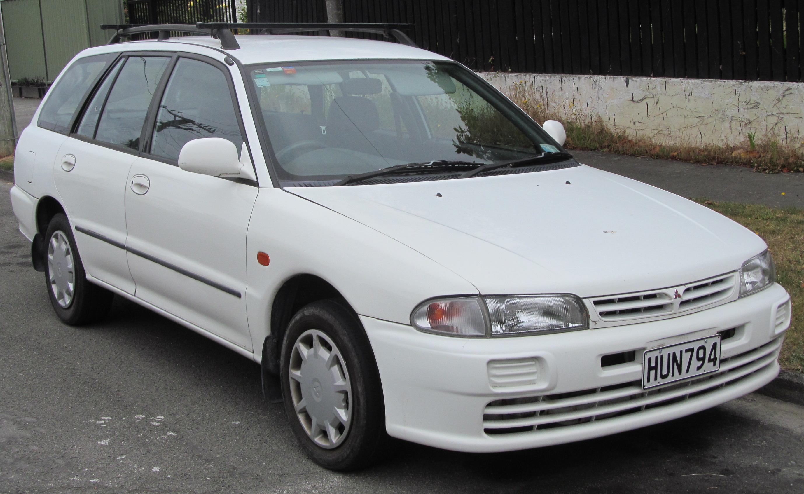 Mitsubishi Galant Iii Wagon 2 0 Glx 98 Hp