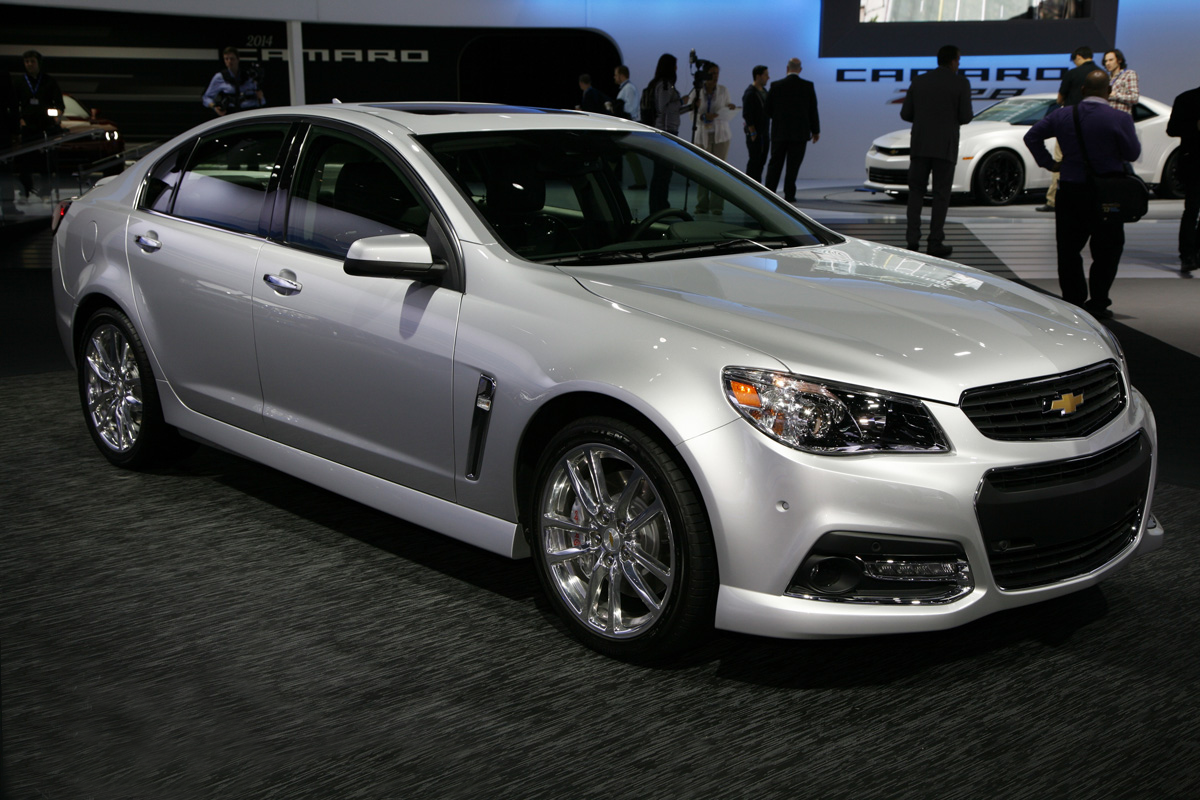 Description 2014 Chevrolet SS front.png