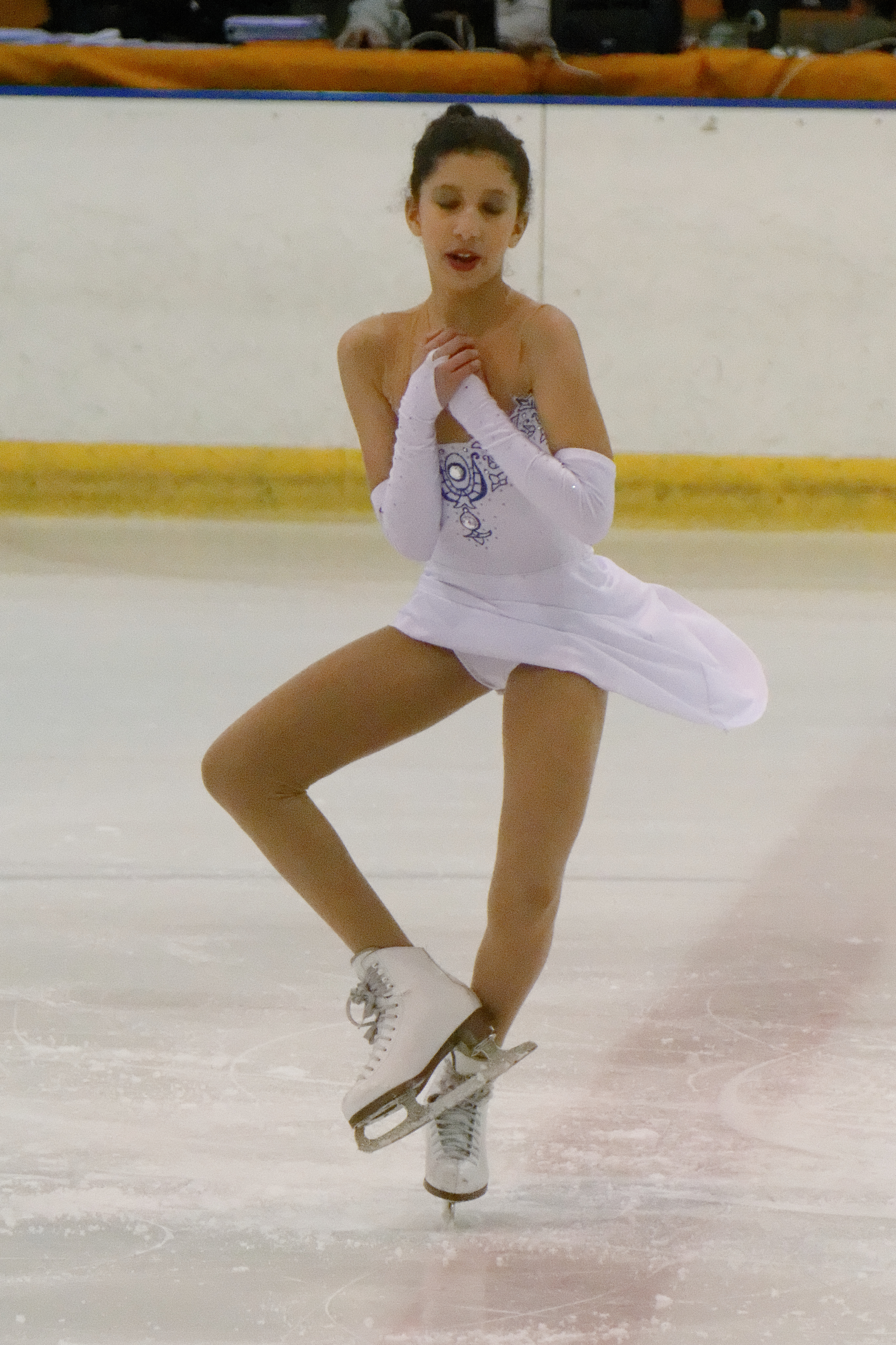 Upskirt figure skating