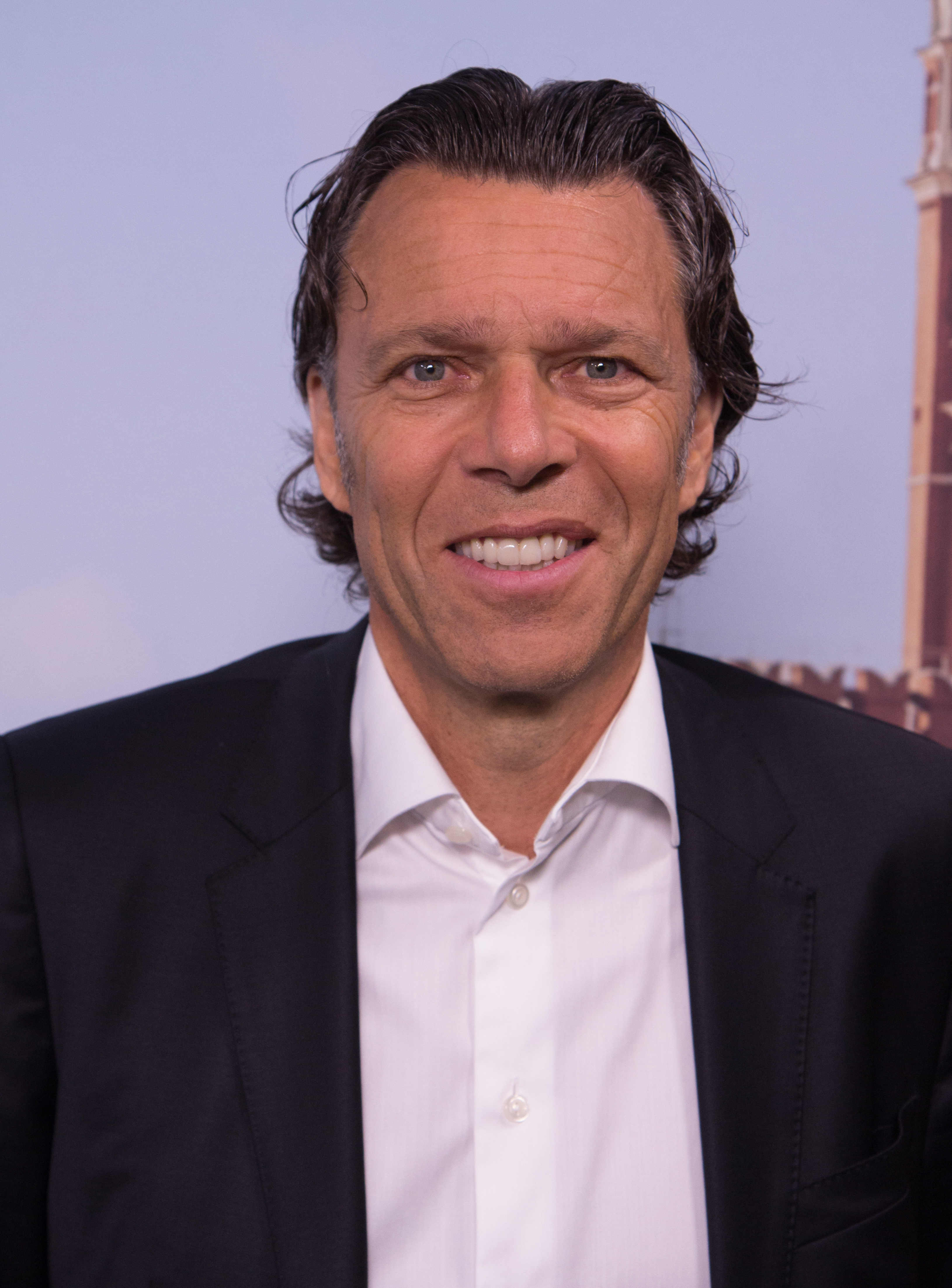 Urs Meier Fussballschiedsrichter Wikipedia