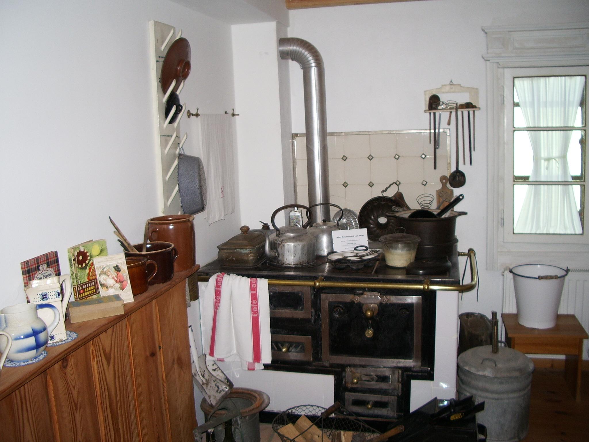 Alter Fliesenspiegel Küche
