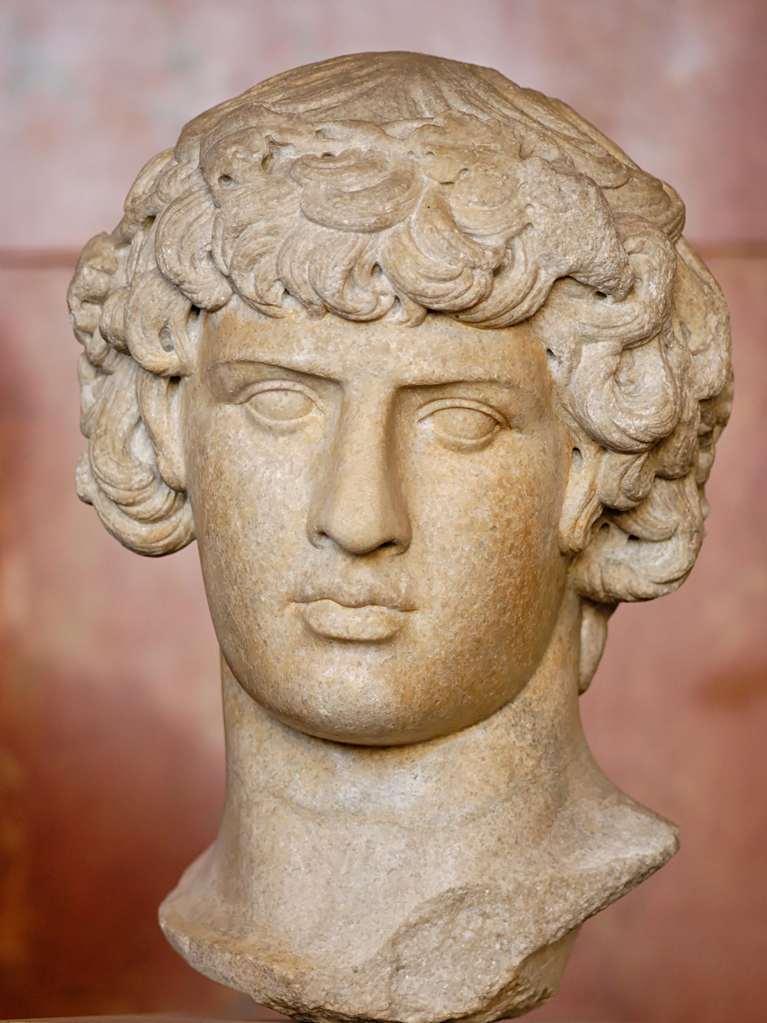 Antinous Dionysos Louvre