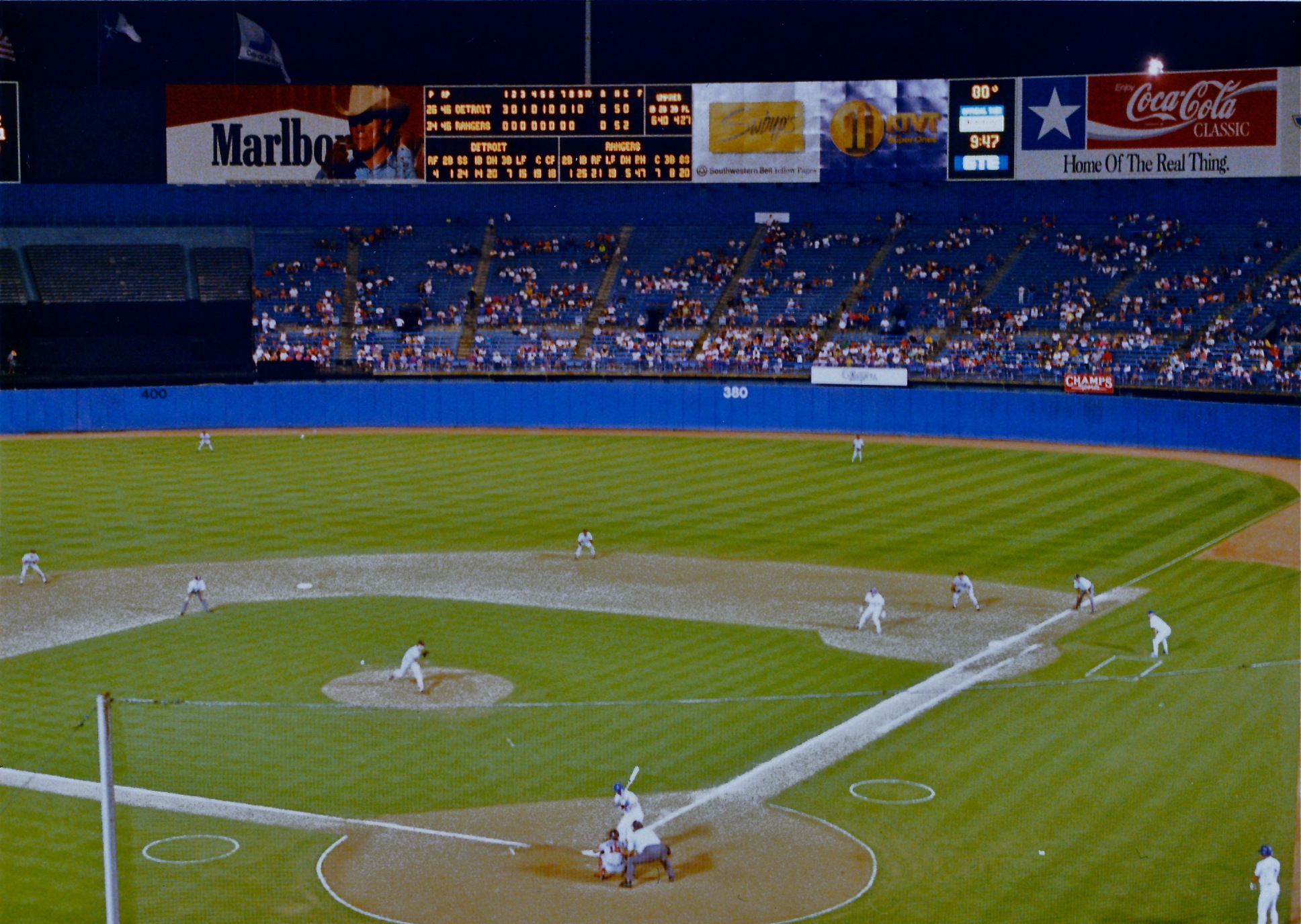 File:Arlington Stadium 1992 - 3.jpg - Wikimedia Commons