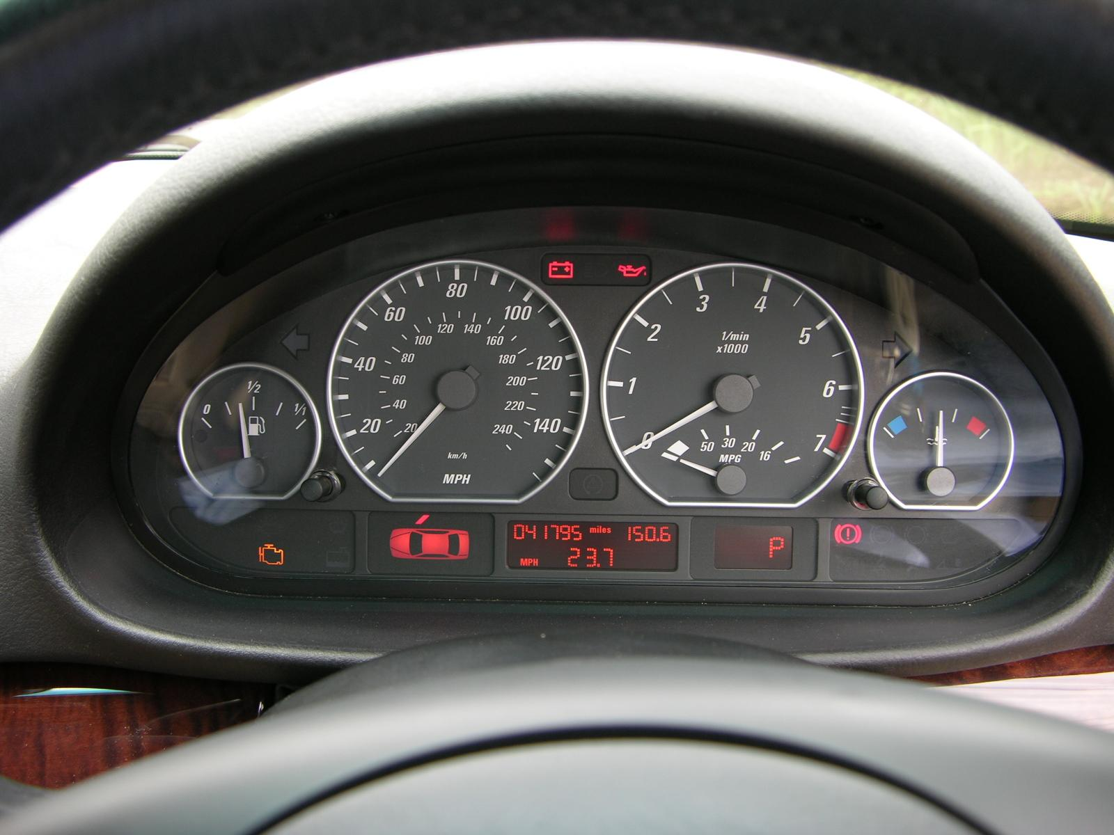 Description BMW E46 Instrument Cluster.jpg