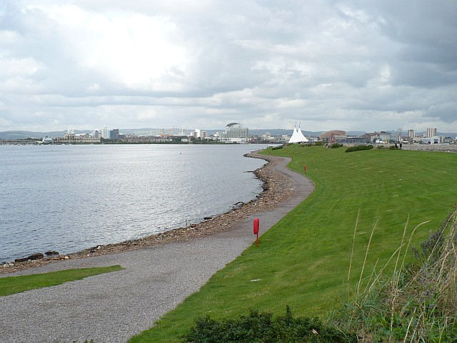 Cardiff Bay Barrage - geograph.org.uk - 961486