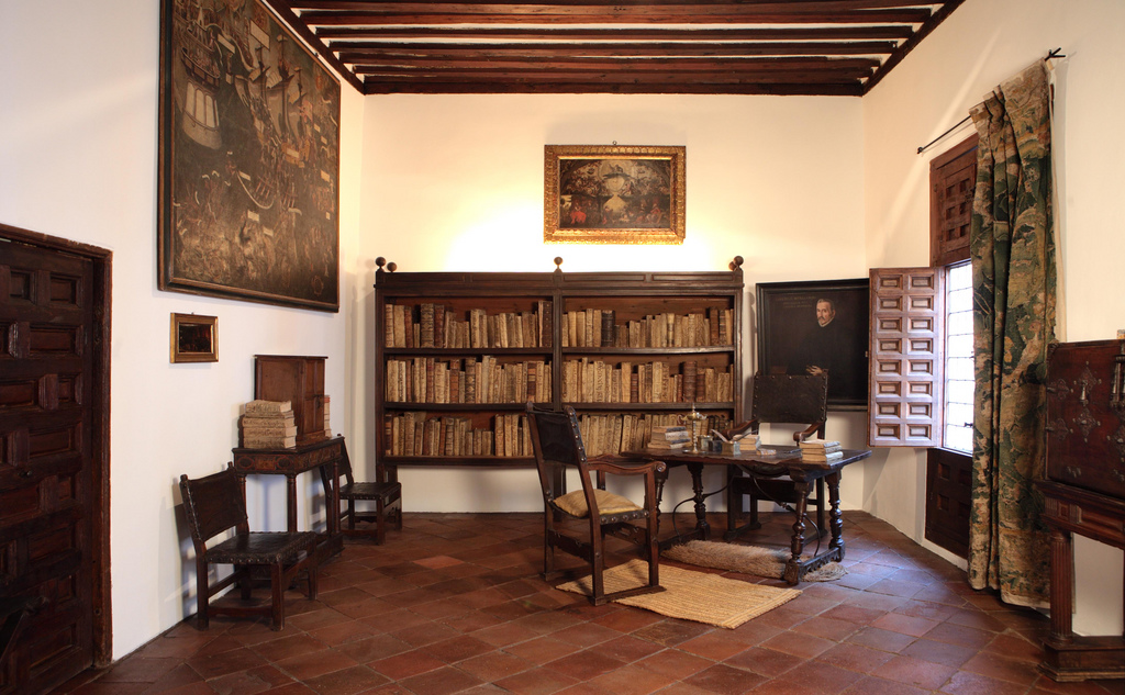 File:Casa Museo de Lope de Vega. Estudio (01).jpg
