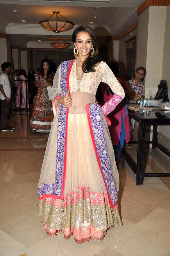 Bollywood Designer Sarees Online India