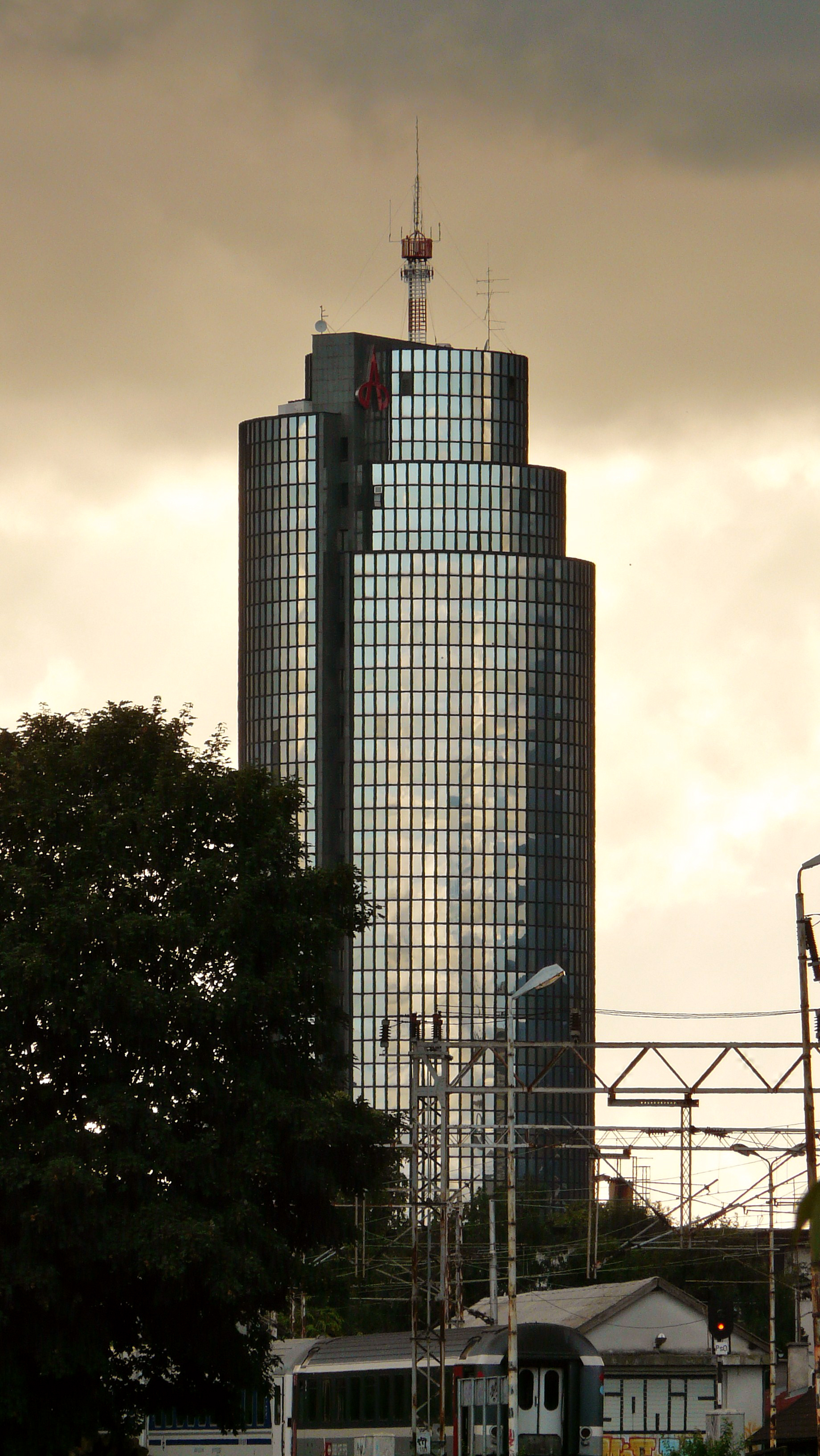 File:Cibona Tower.JPG - Wikimedia Commons