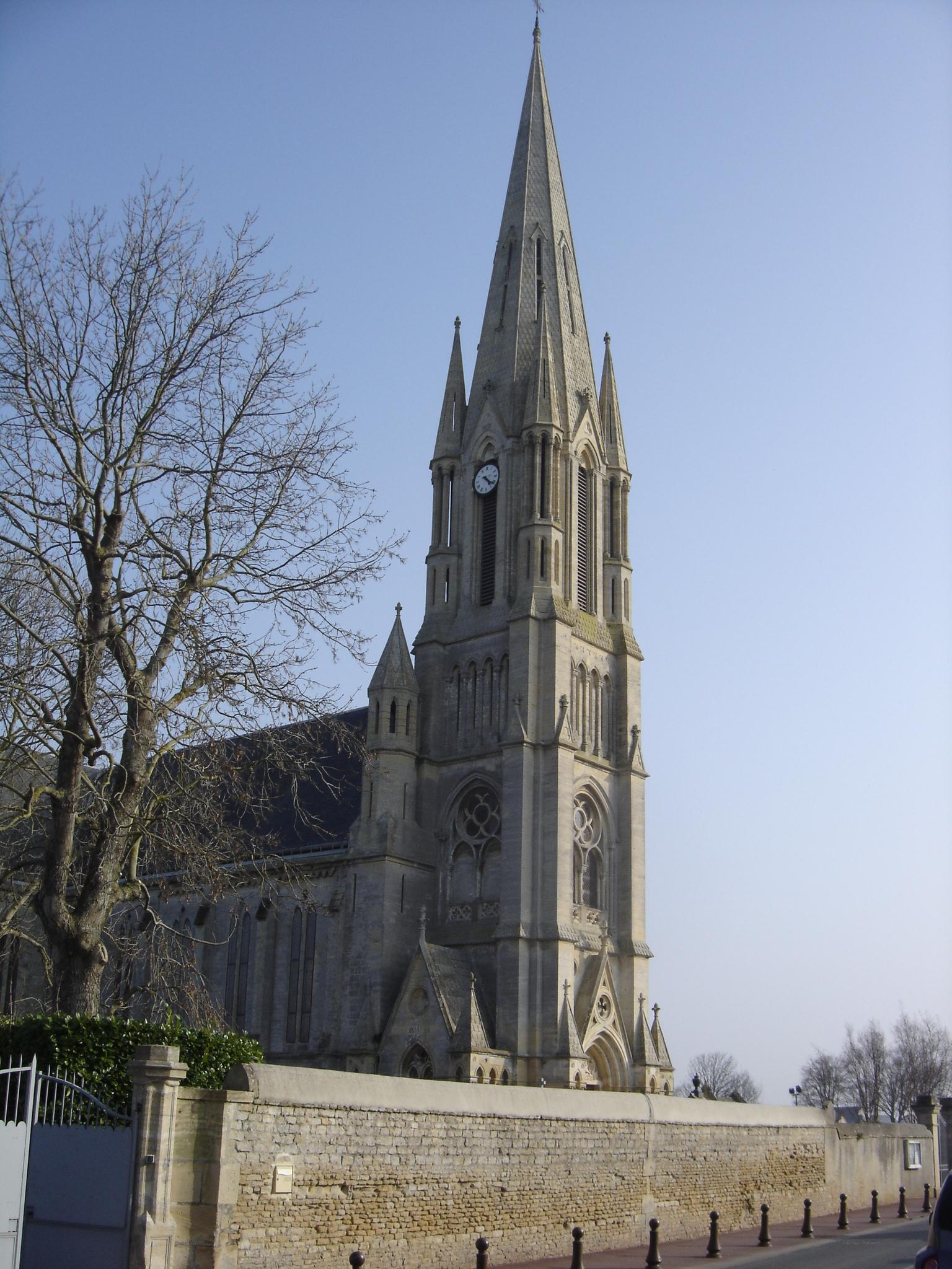 Narbonne Version 3 1: File:Clocher De L'église Saint-Aubin-sur-Mer.jpg