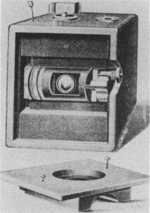 File:Cutaway front view of first Kodak camera.jpg