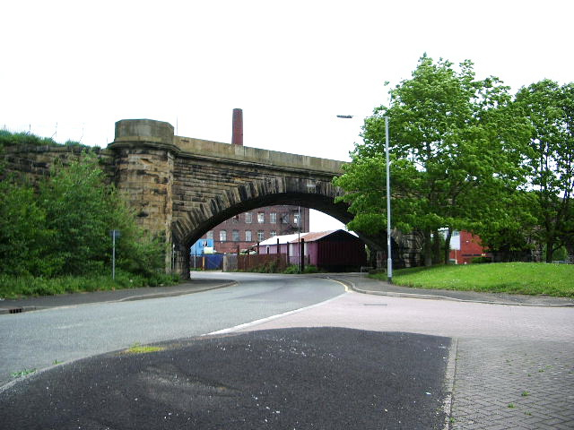 Daisyfield Viaduct, Wellington Street, Bury - geograph.org.uk - 442808