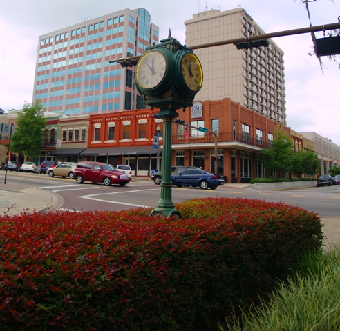 The old clock at the corner of Park Avenue and Monroe Street in Downtown Tallahassee DowntownClock.JPG