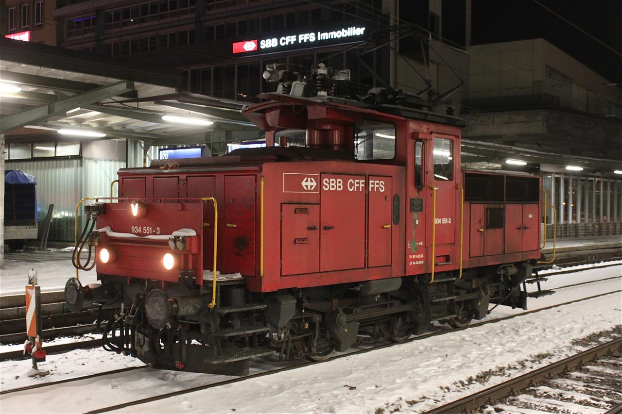 Ee 934