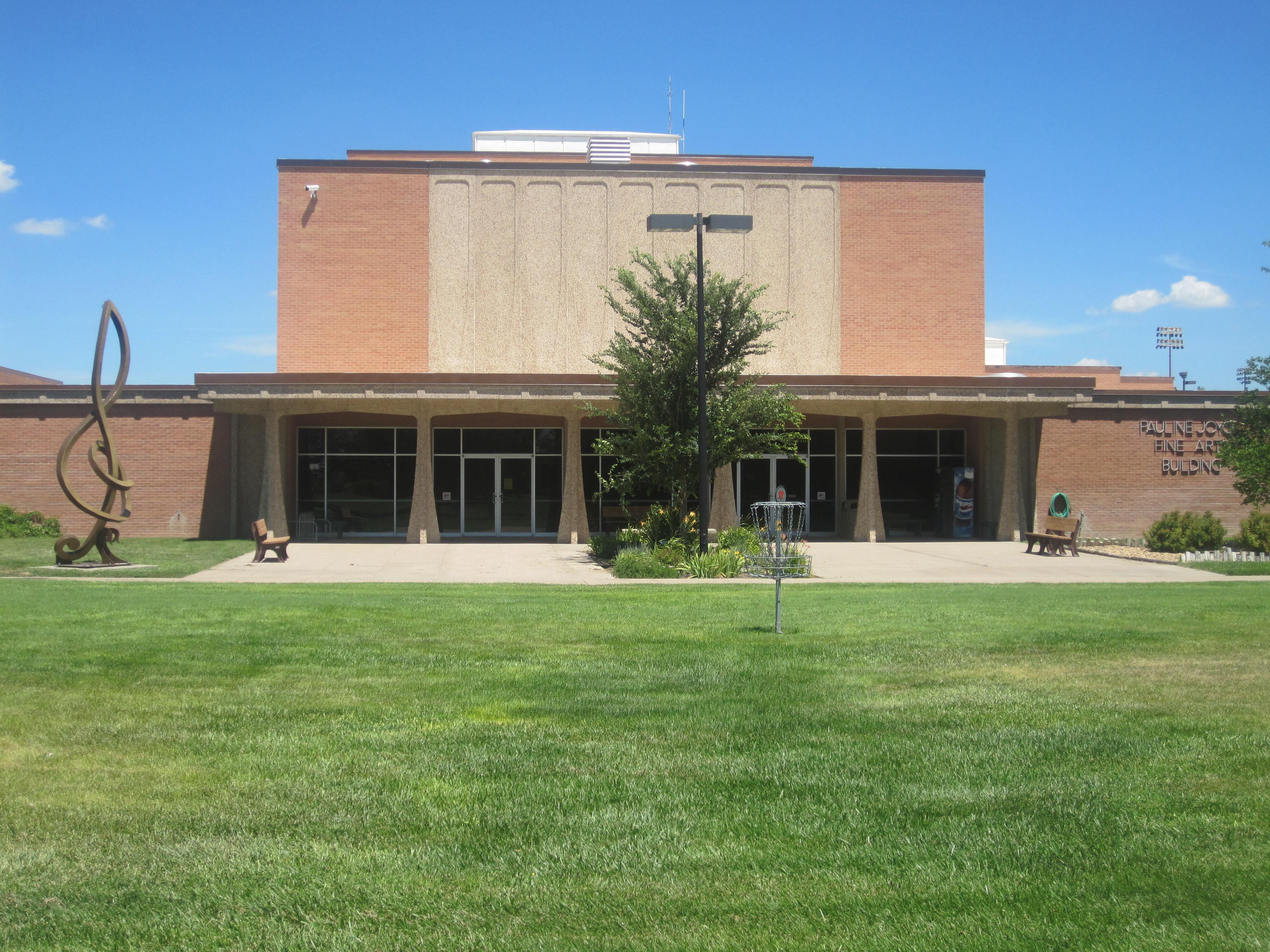 File Fine Arts Building Garden City Community College Img
