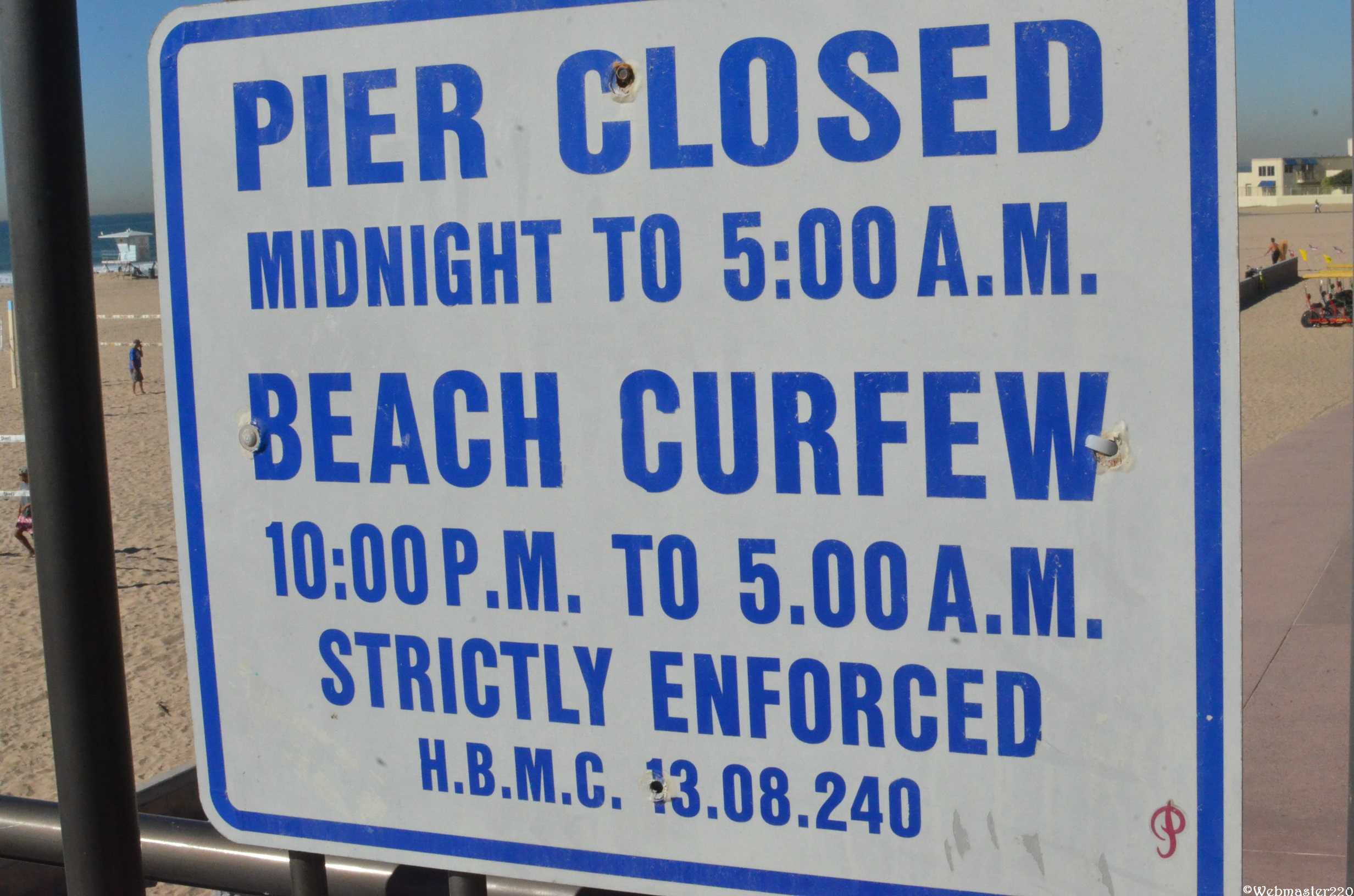 File Huntington Beach And Pier Official Hours Sign Panoramio Jpg