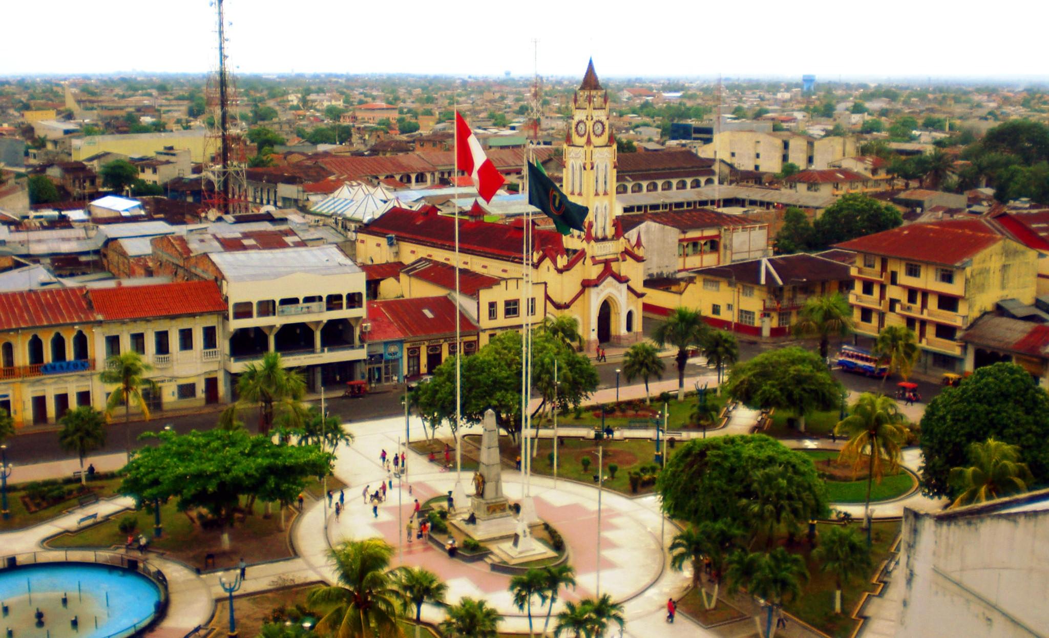 Peru - Page 5 Iquitos-2012-plaza