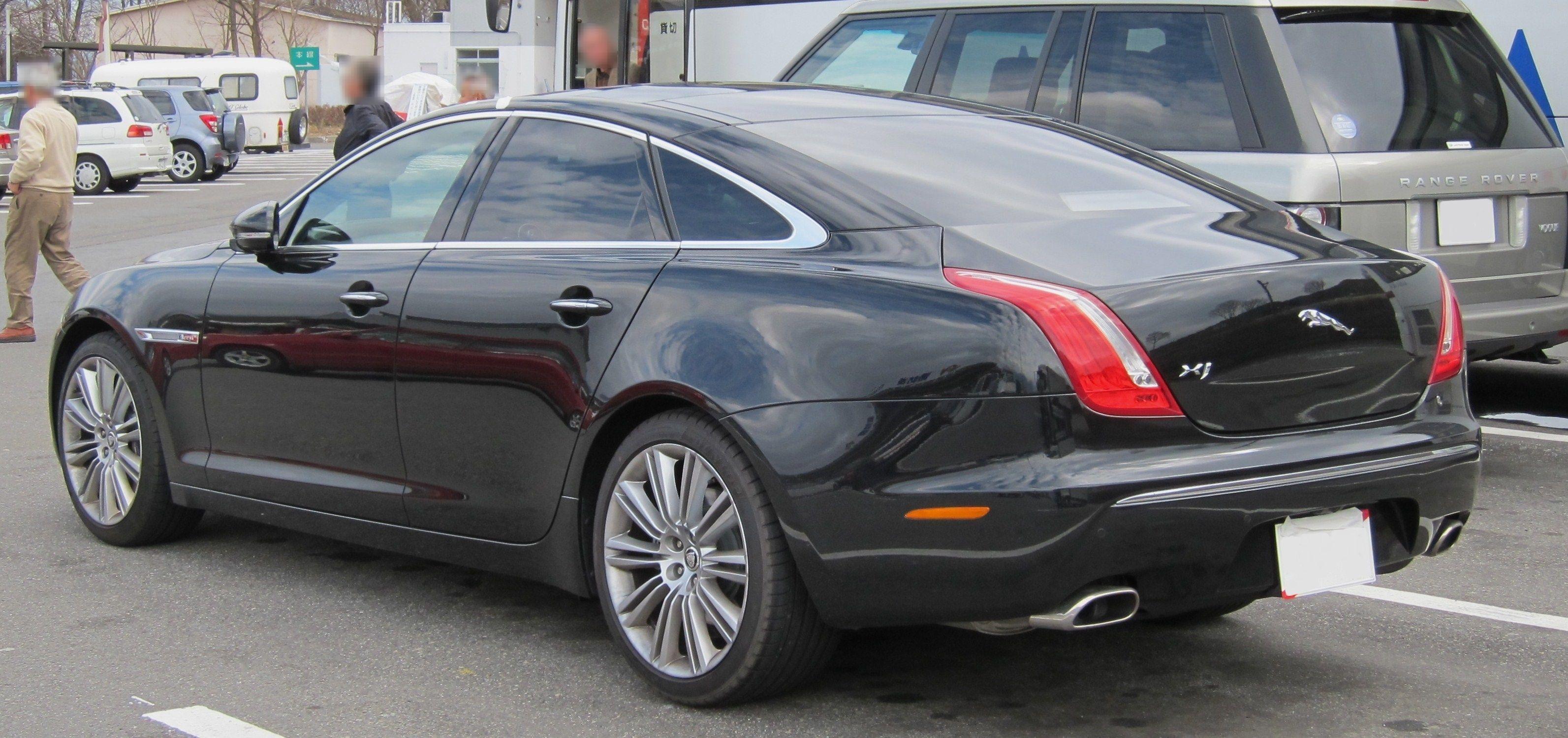 Post VIP cars Jaguar_XJ_X351_rear