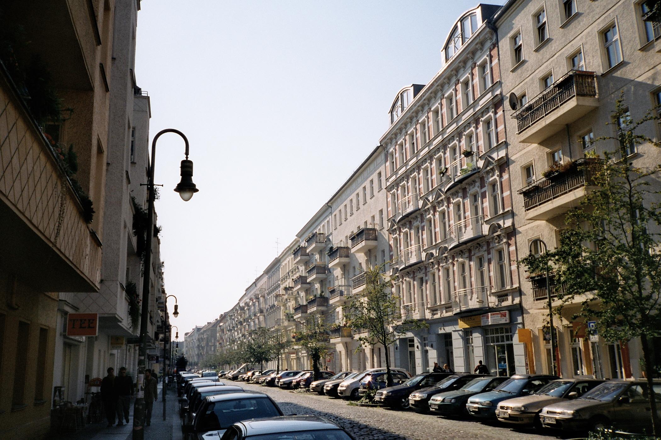 Mainzer Straße Friedrichshain Berlin.jpg