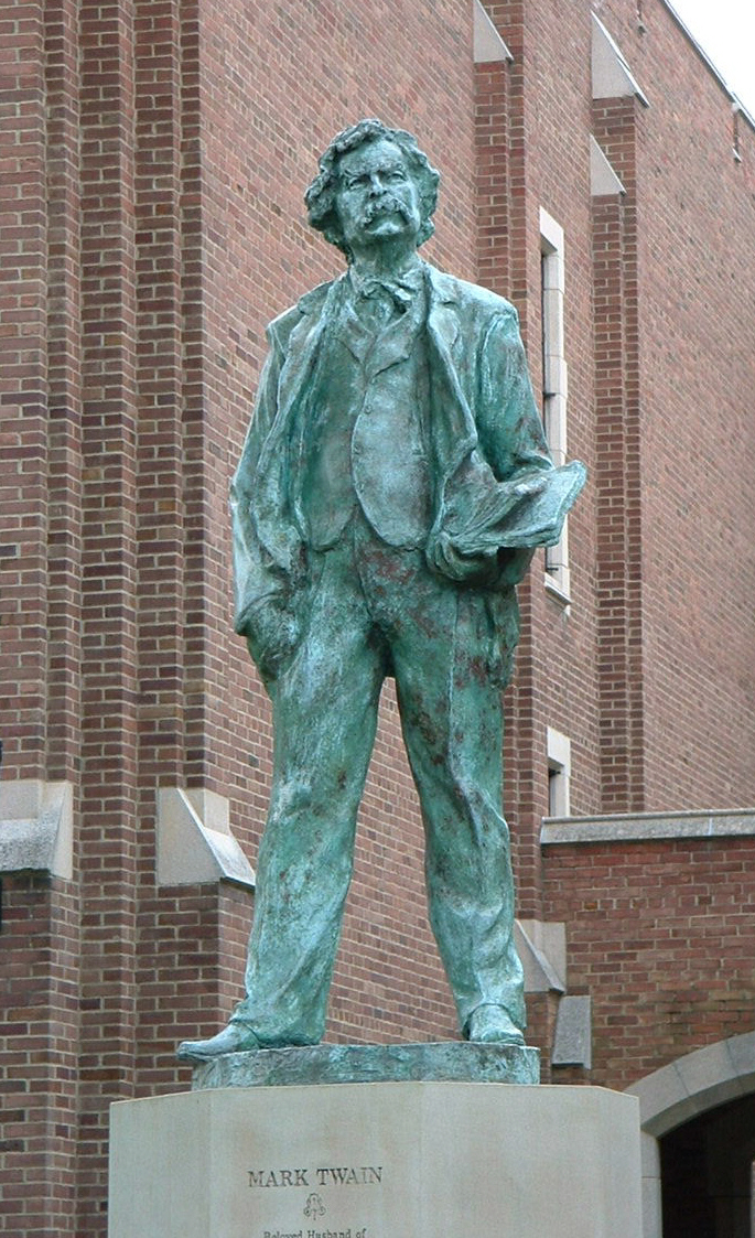 File mark twain sculpture g wikimedia commons