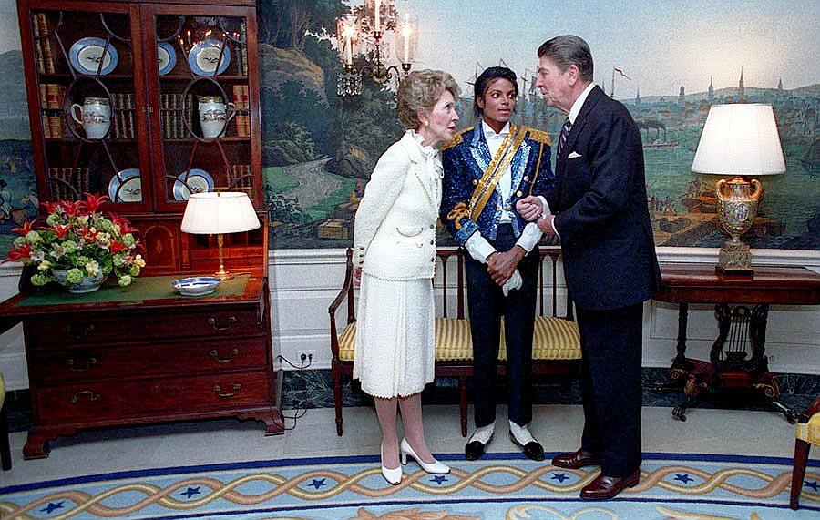 Michael Jackson and President Reagan 1984 | 80s Artists