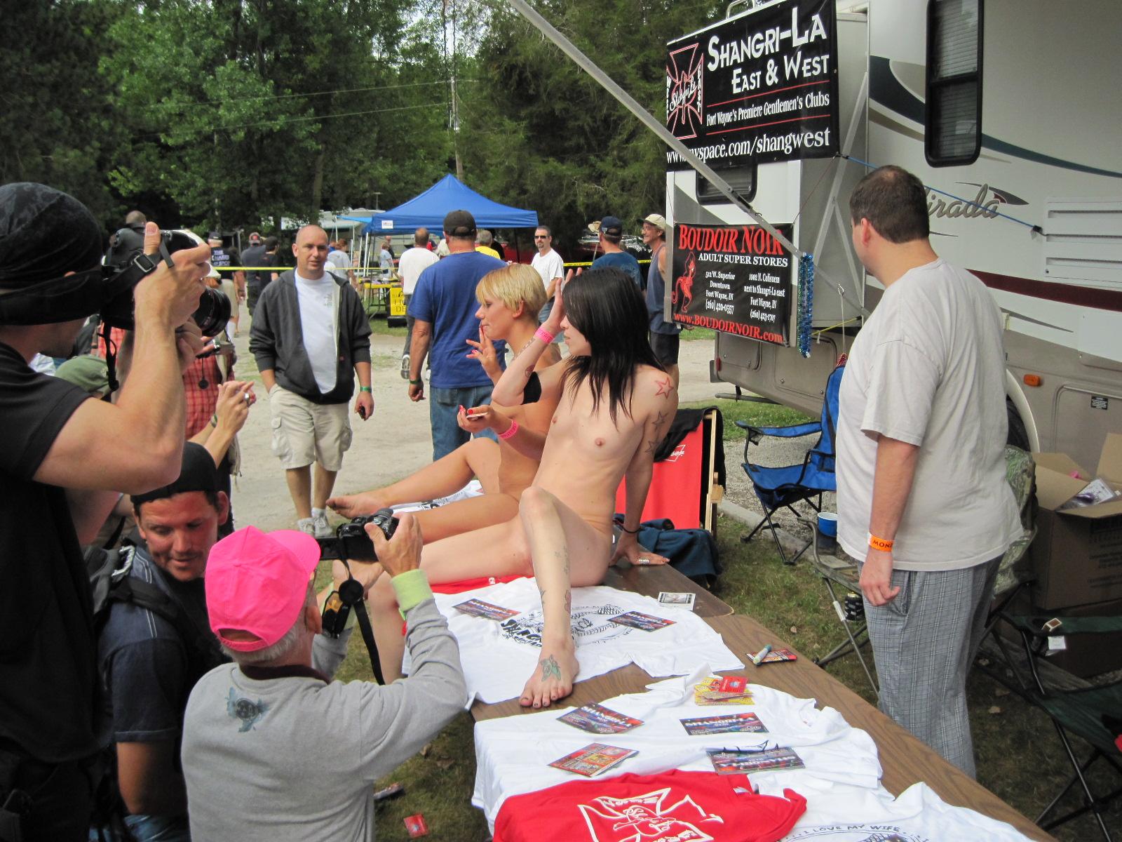 rochelle nudisten welt
