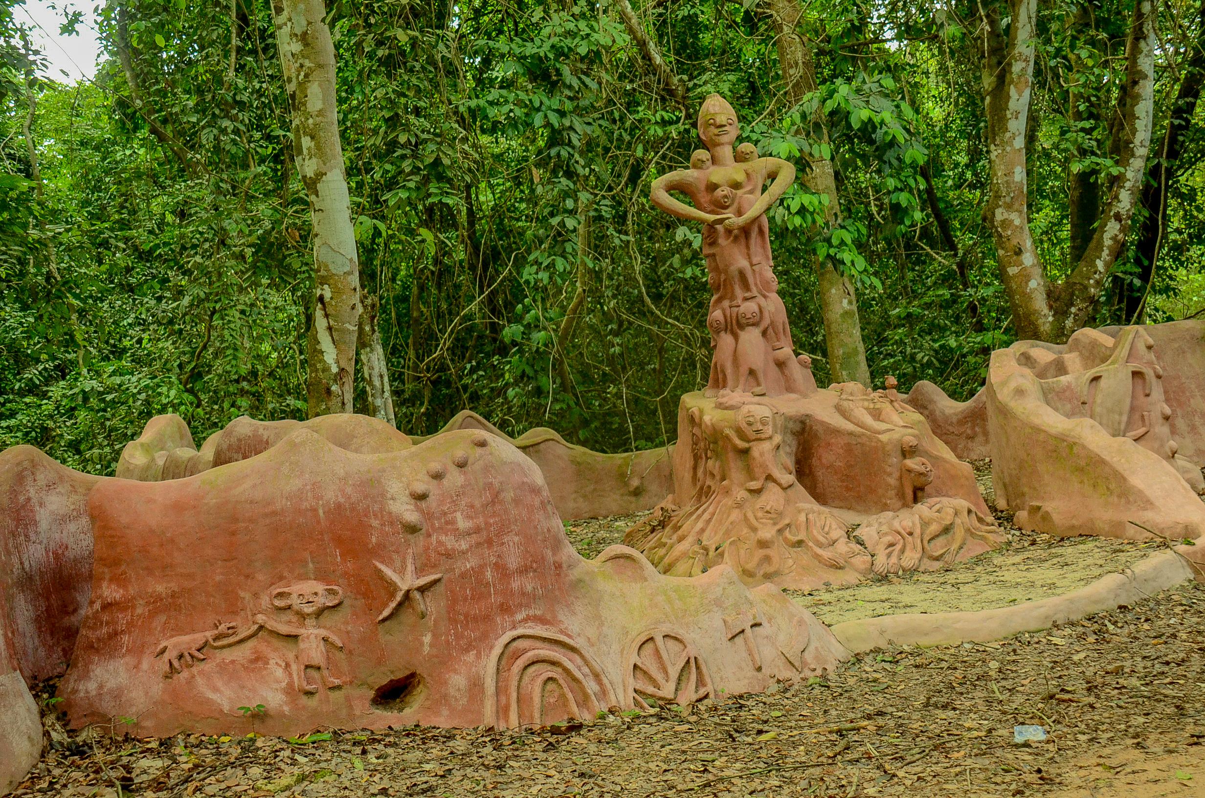 File:Osun Osogbo forest, river and sacred groove 10.jpg - Wikimedia ...