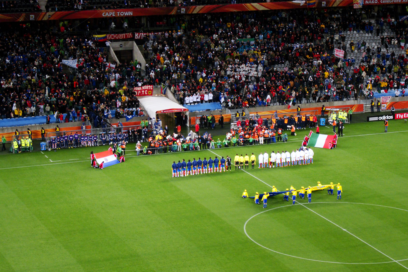 Paraguay_vs._Italy_-_FIFA_World_Cup_2010_%28National_anthems%29.jpg