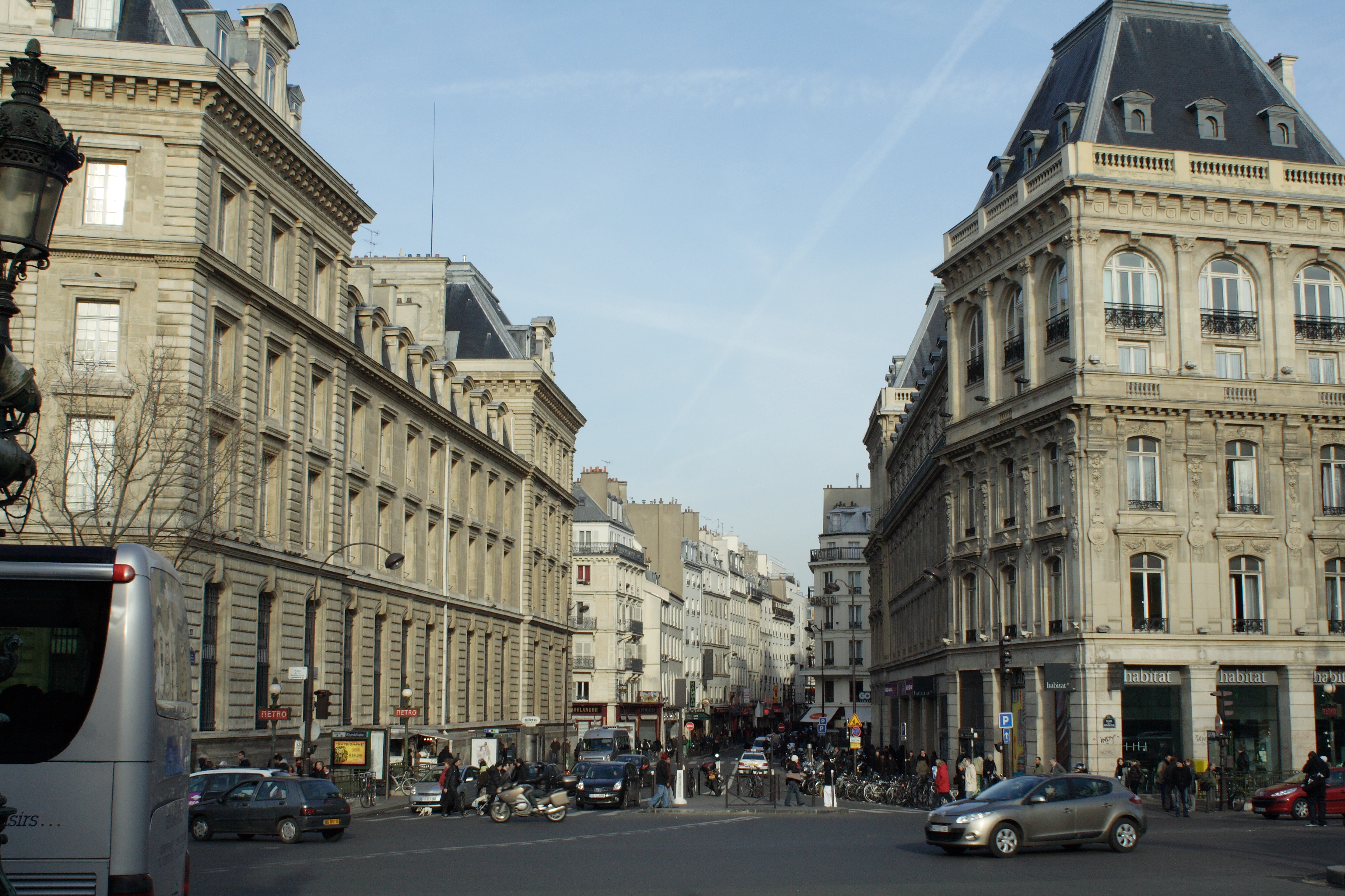 File:Place de la Republique - Rue du Faubourg-du-Temple.jpg ...