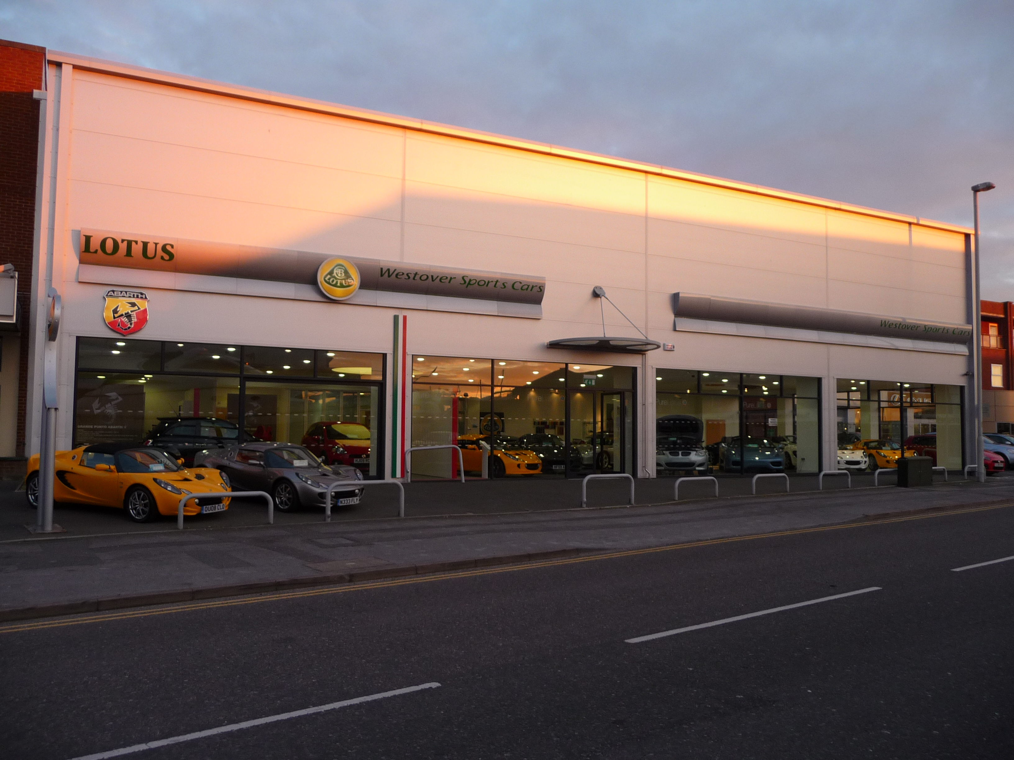 File Poole Westover Lotus Sports Car Dealership Geograph Org
