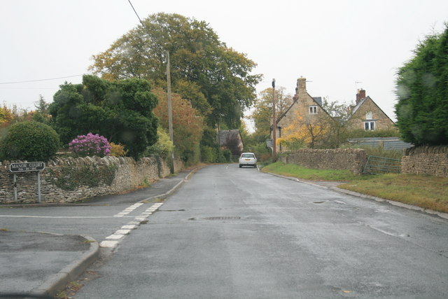 File:Road through Chadlington - geograph.org.uk - 1549865.jpg