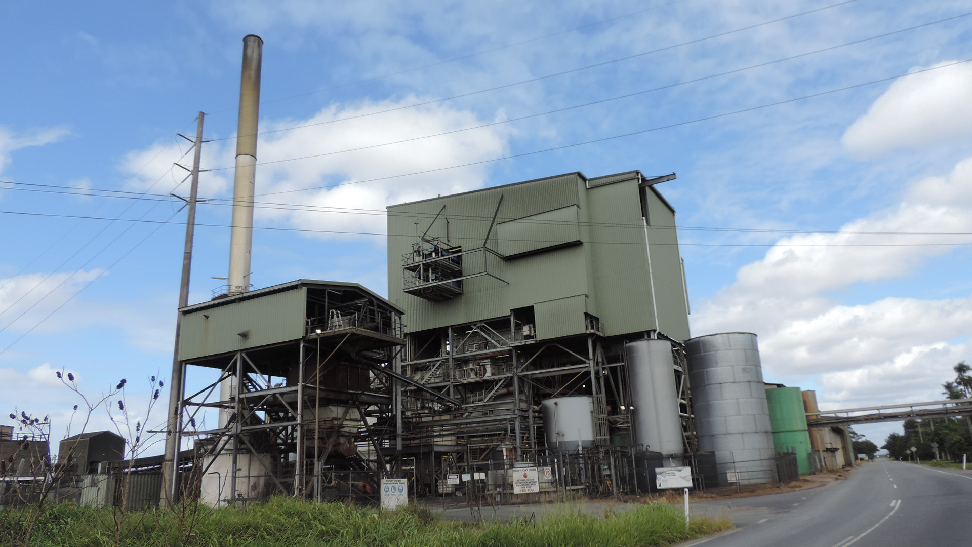 File:Rocky Point Sugar Mill, Woongoolba and Steiglitz, 2014.JPG