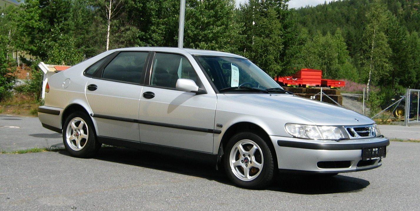 File:Saab 9-3 2.0 Turbo Sport 2000.jpg
