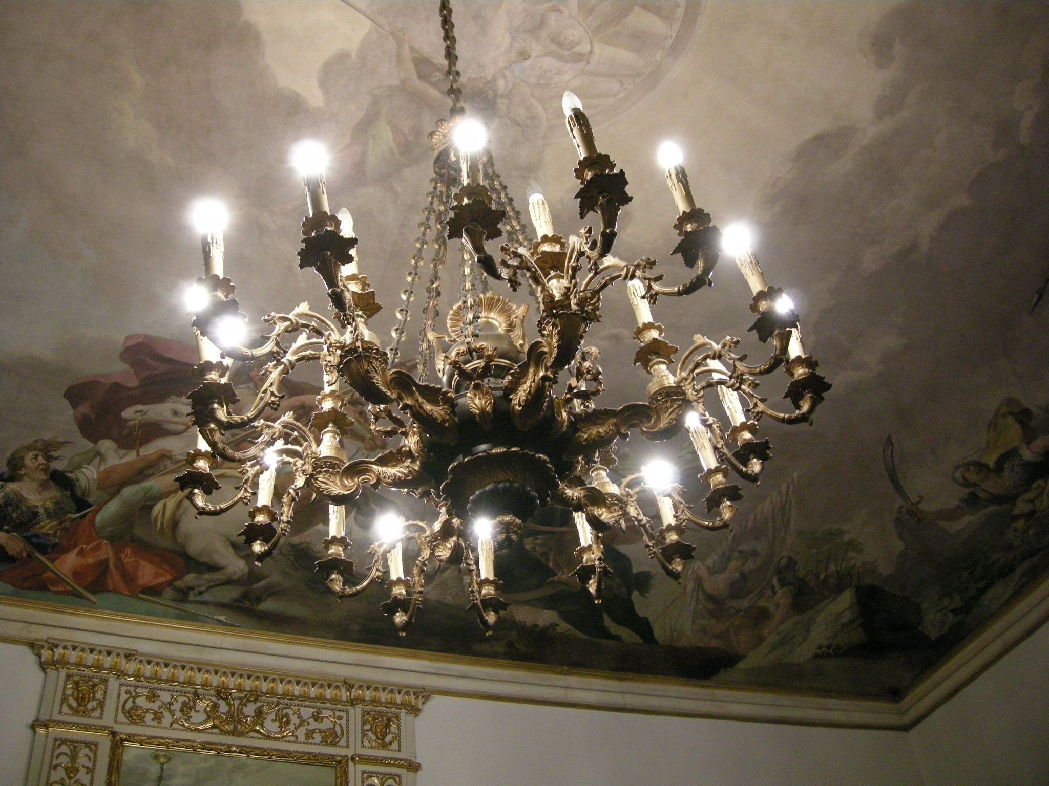 File sala dell 39 orlando furioso lampadario jpg wikimedia - Lampadario sala ...