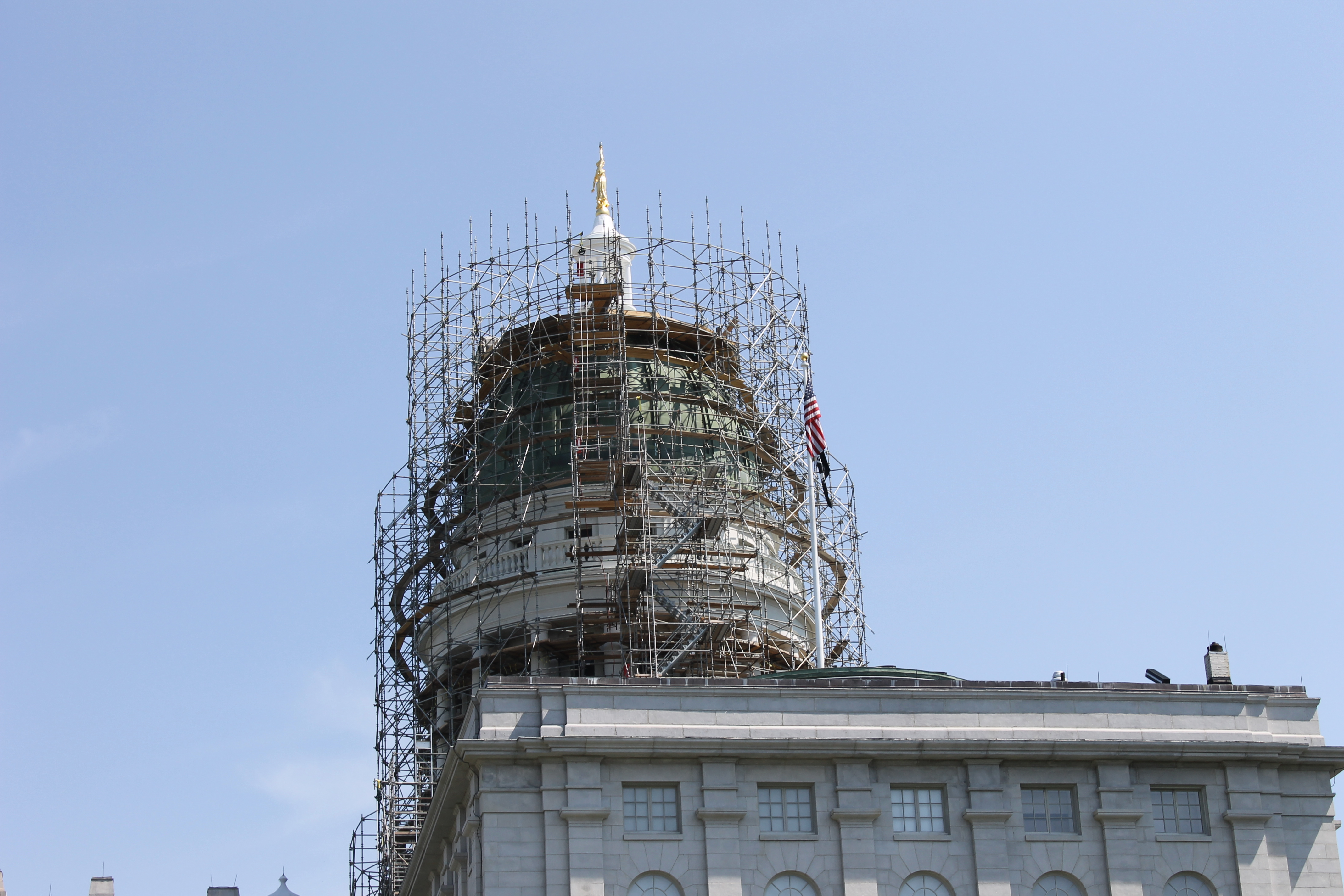 Capitol Building Scaffolding : File scaffolding on maine capitol dome augusta me img