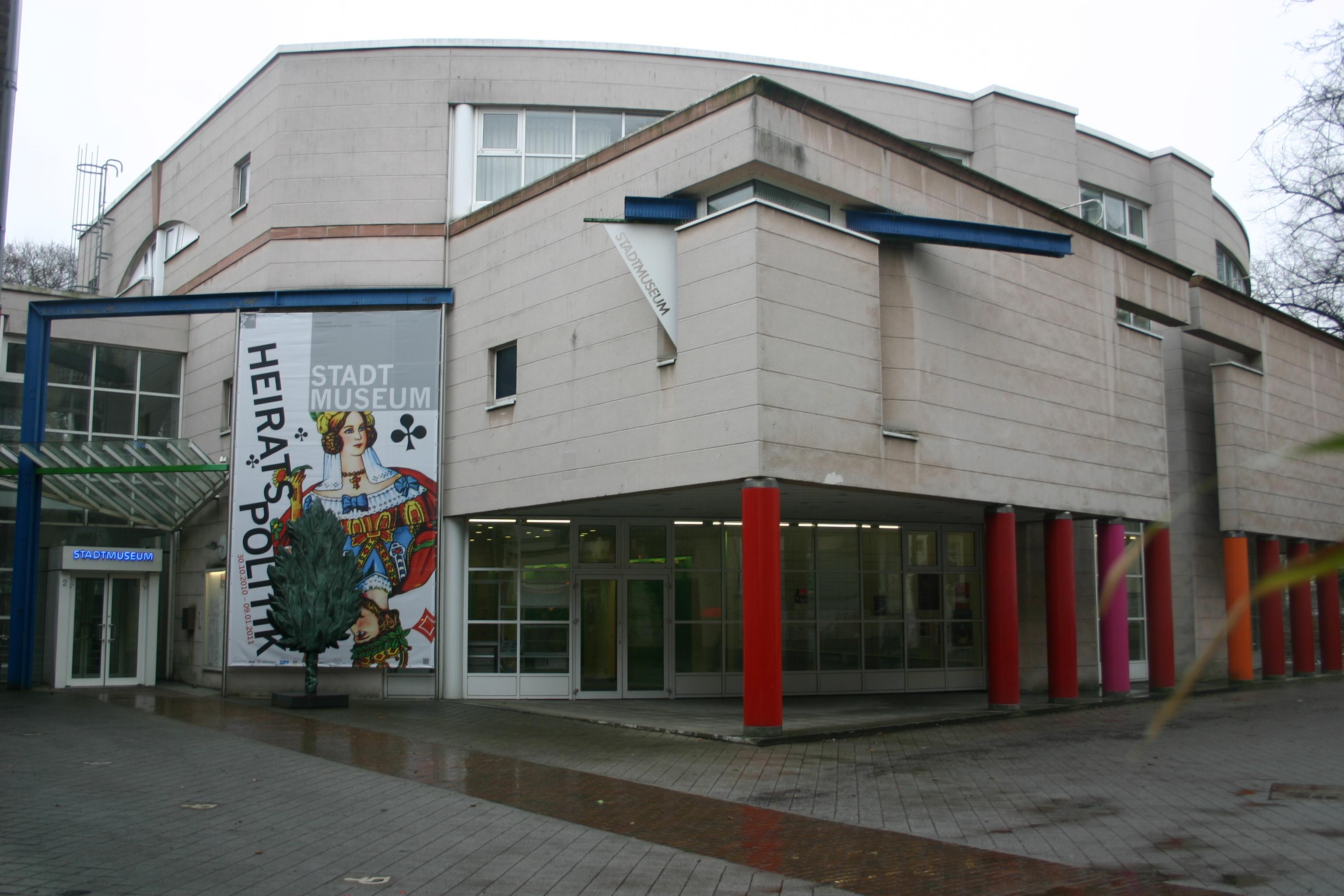Datei Stadtmuseum D Sseldorf Berger Allee