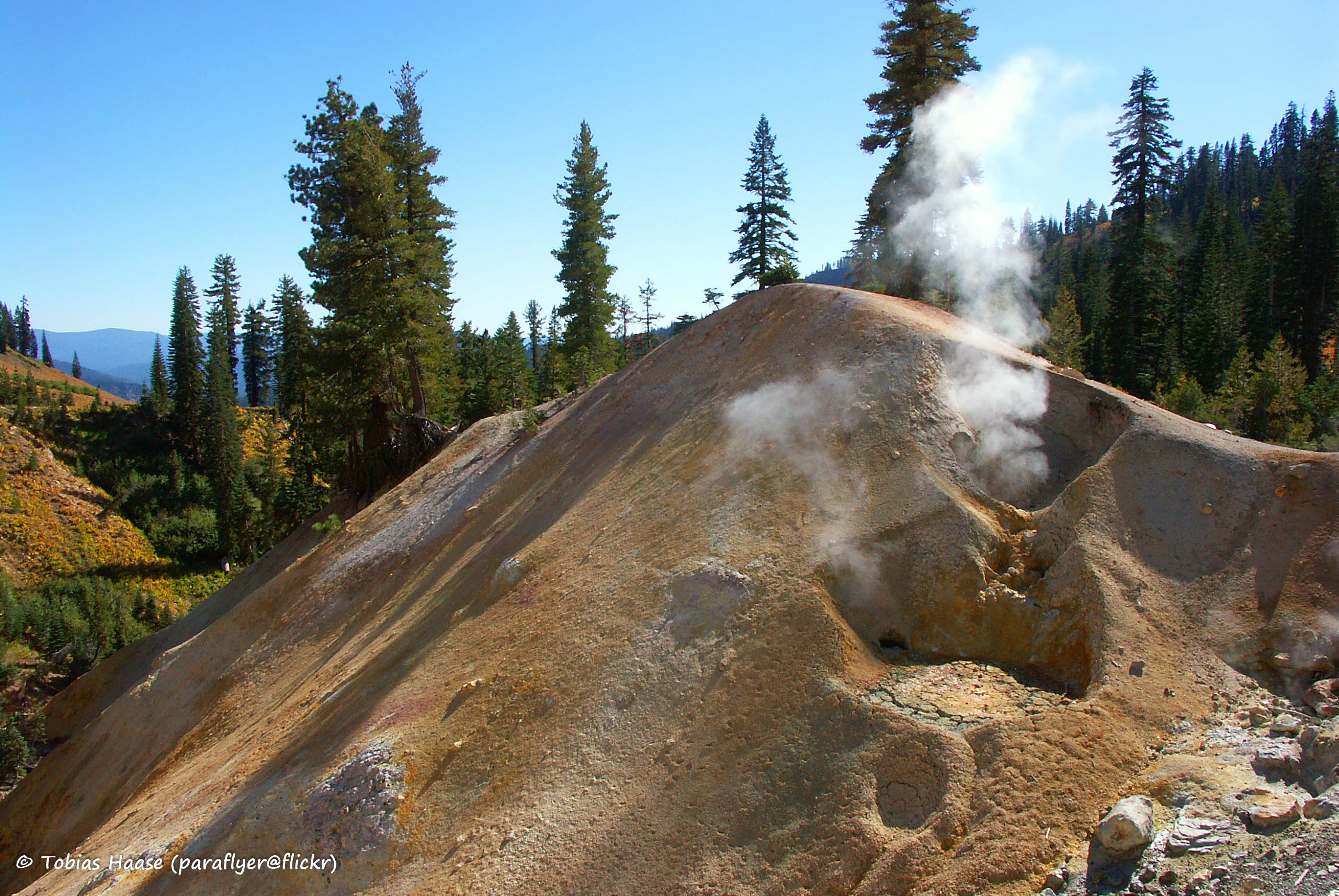 File:Sulphur Works, Lassen Volcanic National Park ...