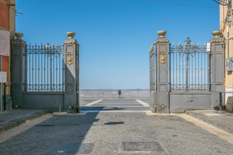 File Terrazzo Belvedere Particolare Cancello Di Ingresso Jpg