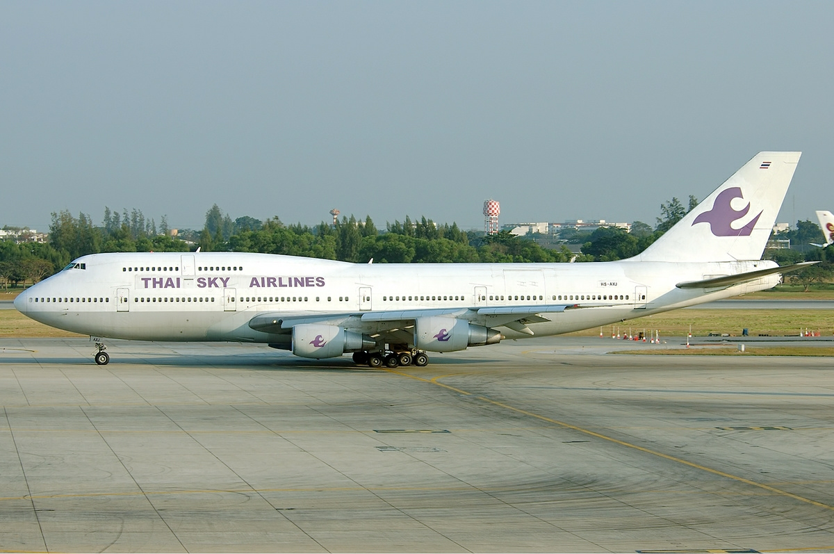 File thai sky airlines boeing 747 300 tang jpg wikimedia commons