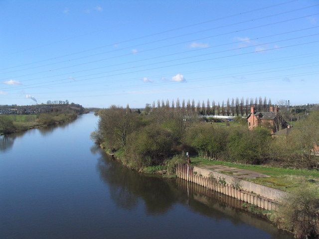 The Trent upstream of the Clifton Bridge - geograph.org.uk - 753515