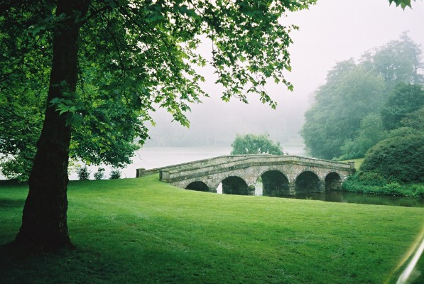 The bridge at Stourhead - geograph.org.uk - 374803