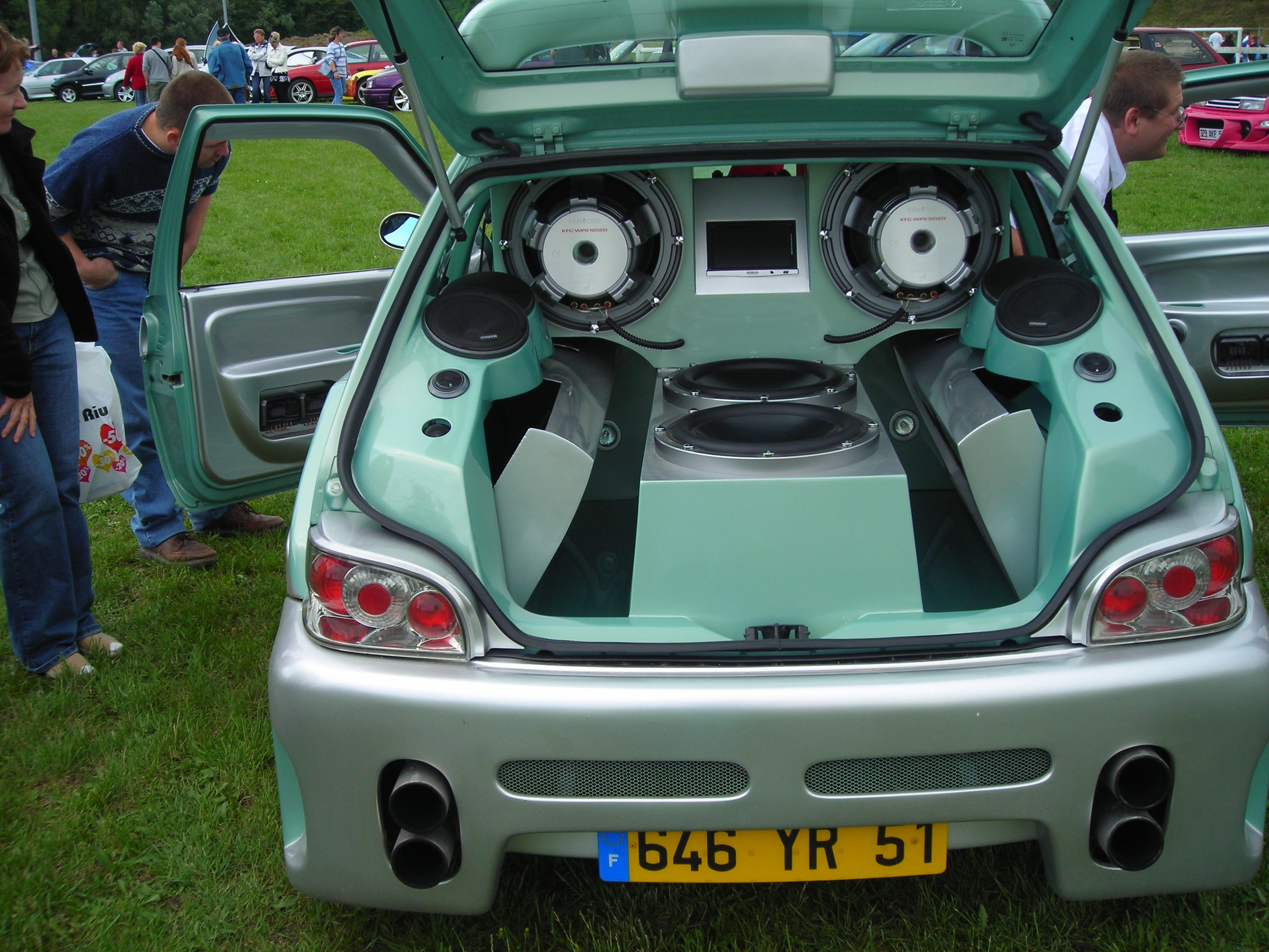 In Car Audio Systems Uk