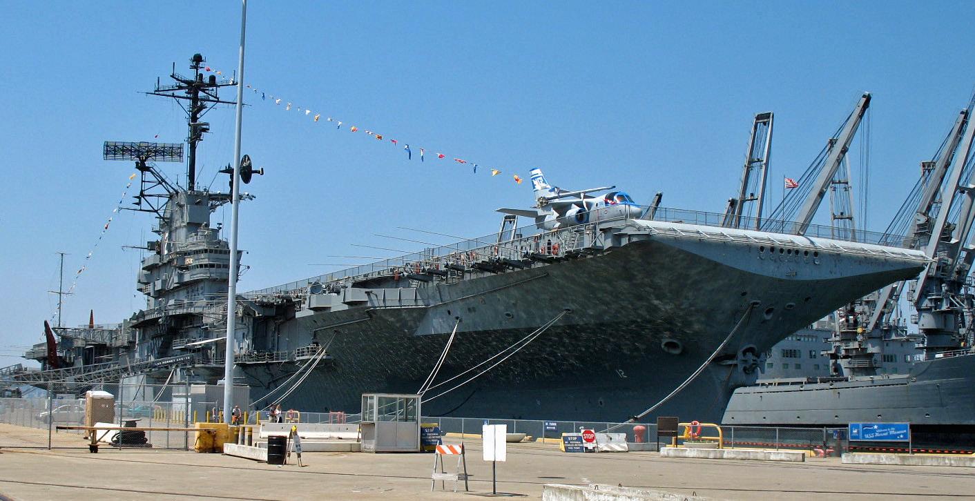 USS Hornet (Alameda, CA).JPG