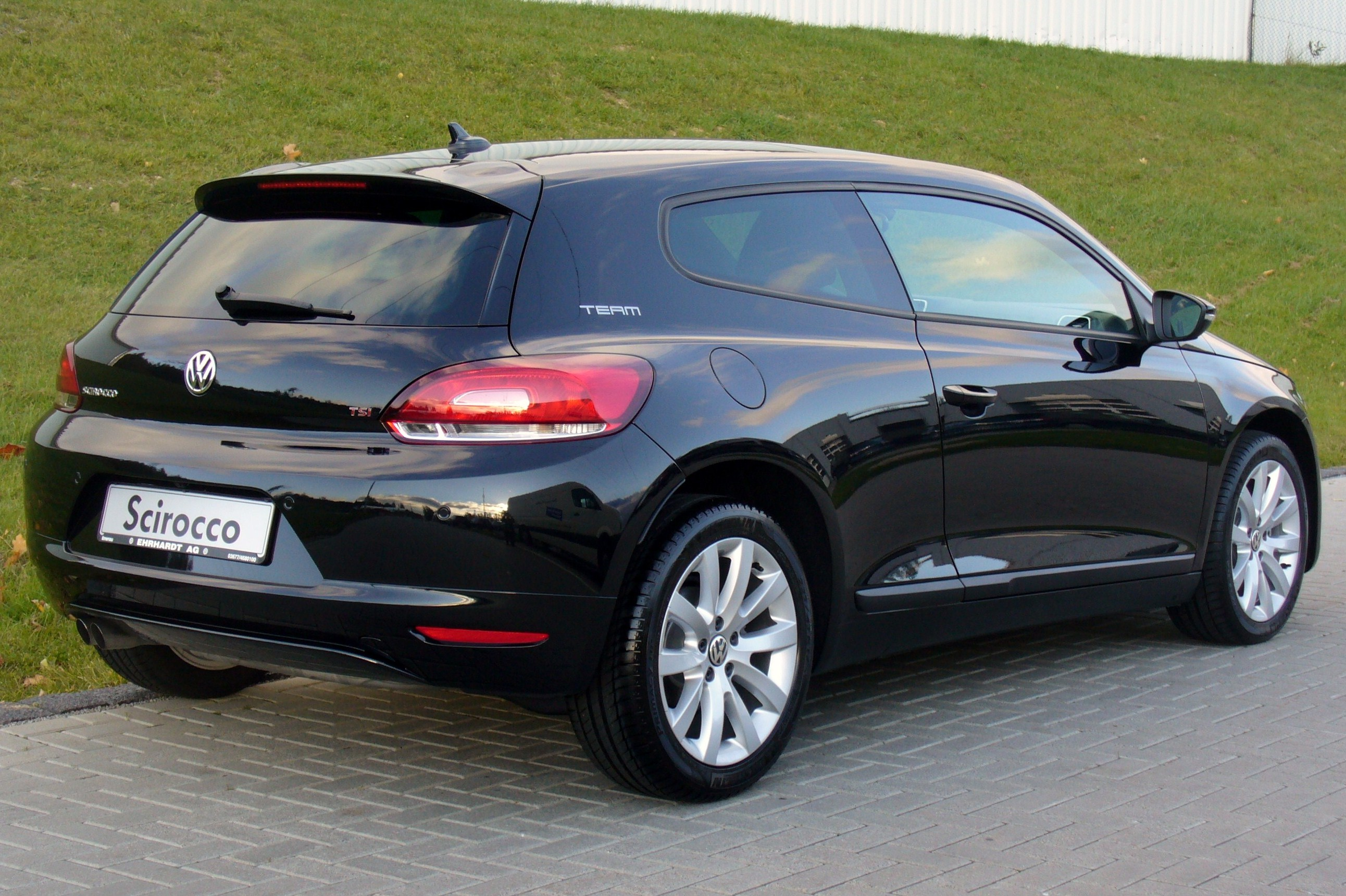 Vw Scirocco Black - Viewing Gallery