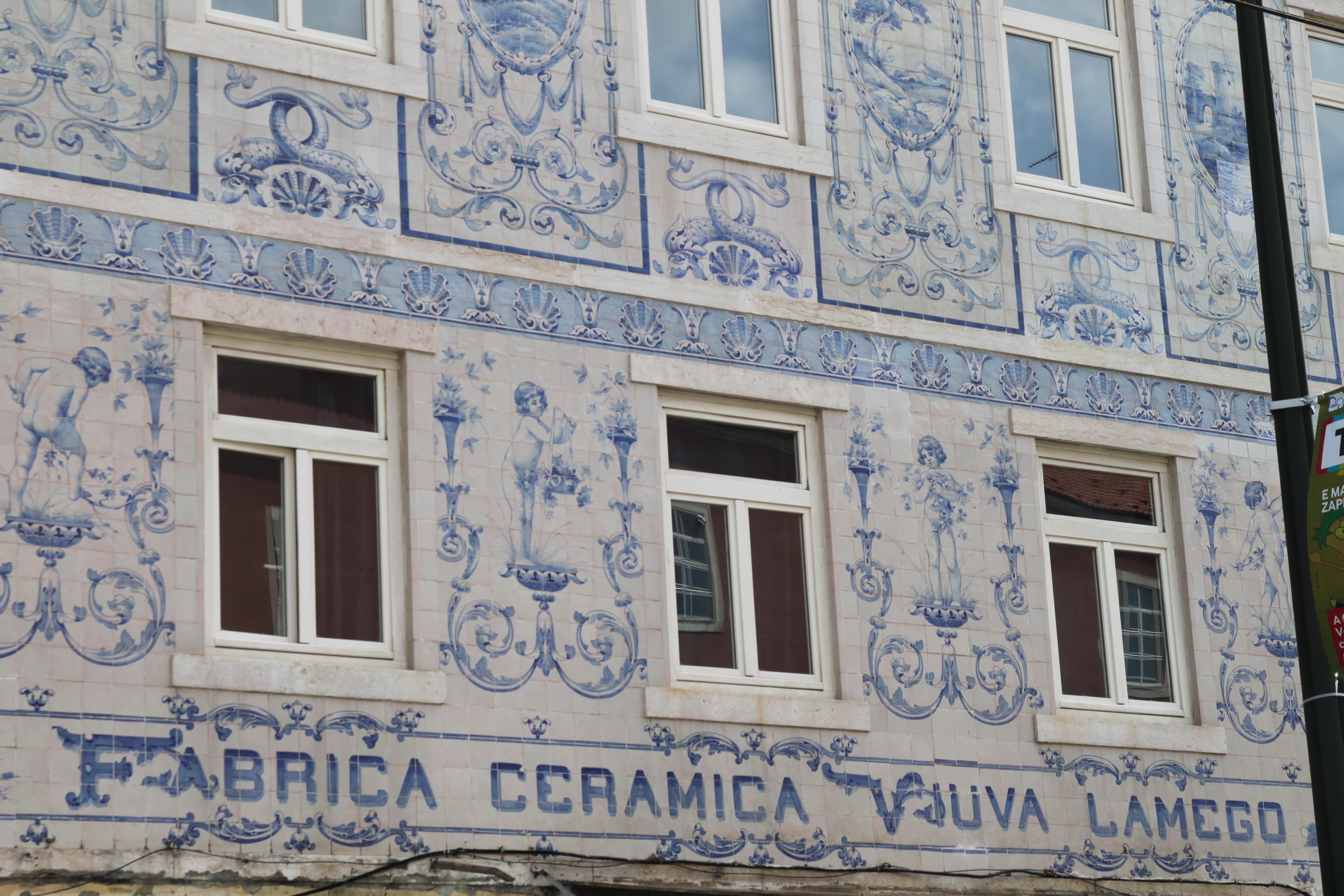 File vi va lamego alm reis wikimedia commons for Casa dos azulejos lisboa