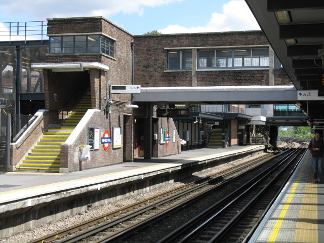 Wembley Park Station - Looking South - geograph.org.uk - 1325693
