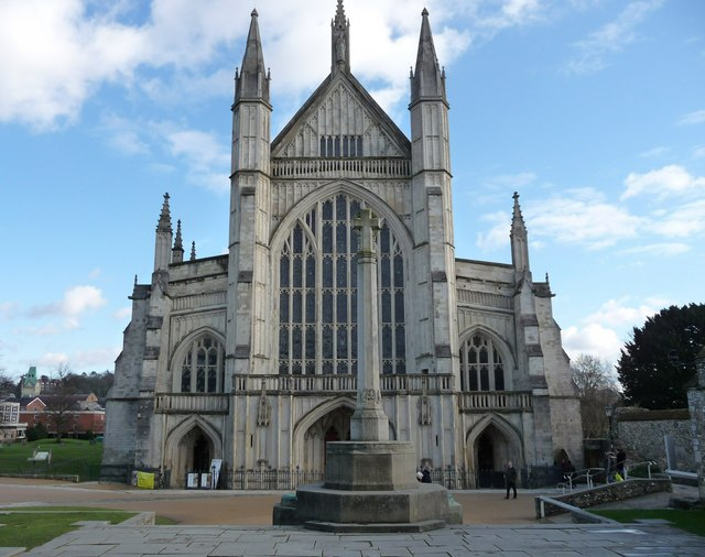 Winchester -Front Of Winchester Cathedral - geograph.org.uk - 1159583