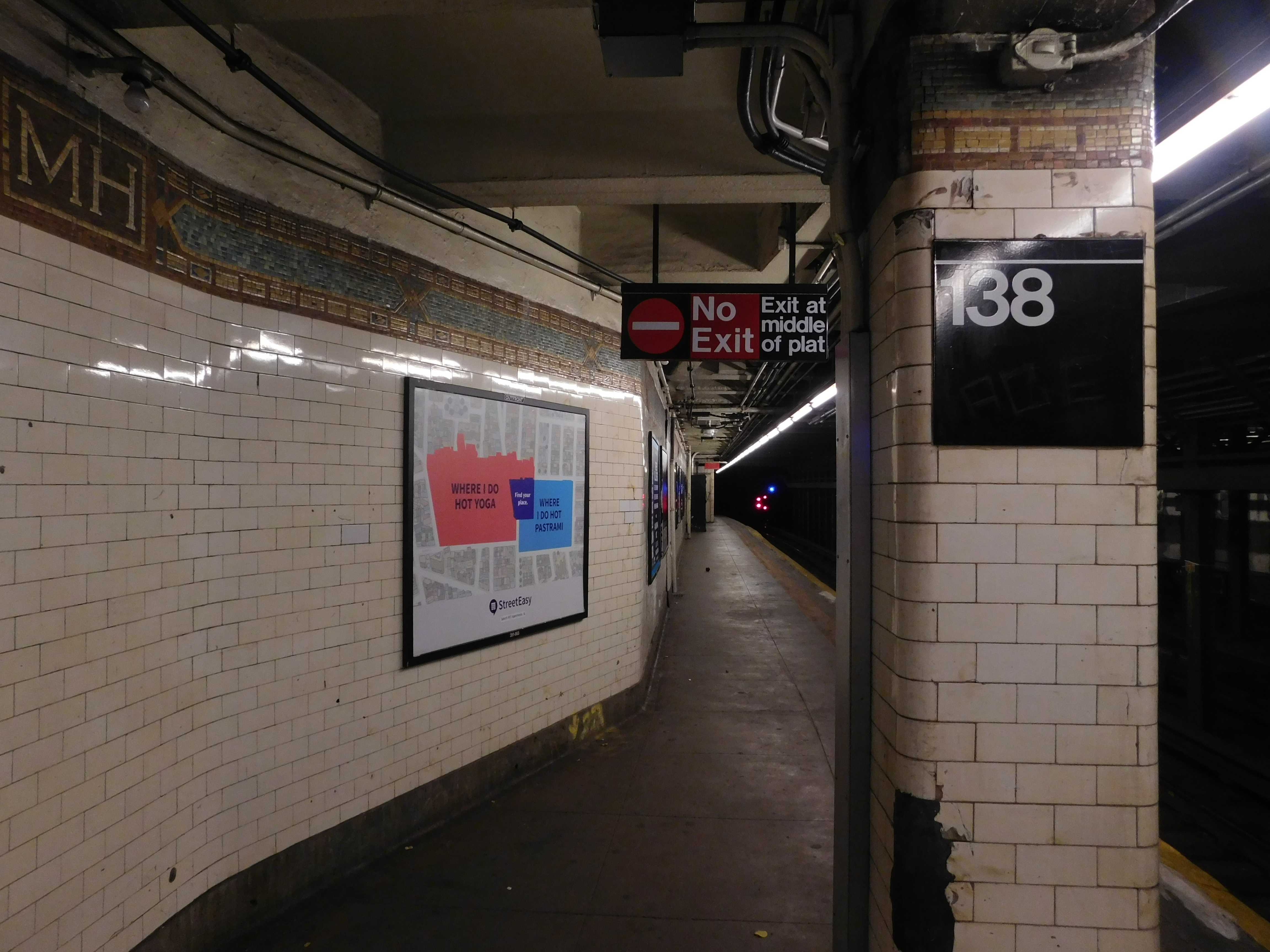 File:138 St - Grand Concourse vc jpg - Wikimedia Commons