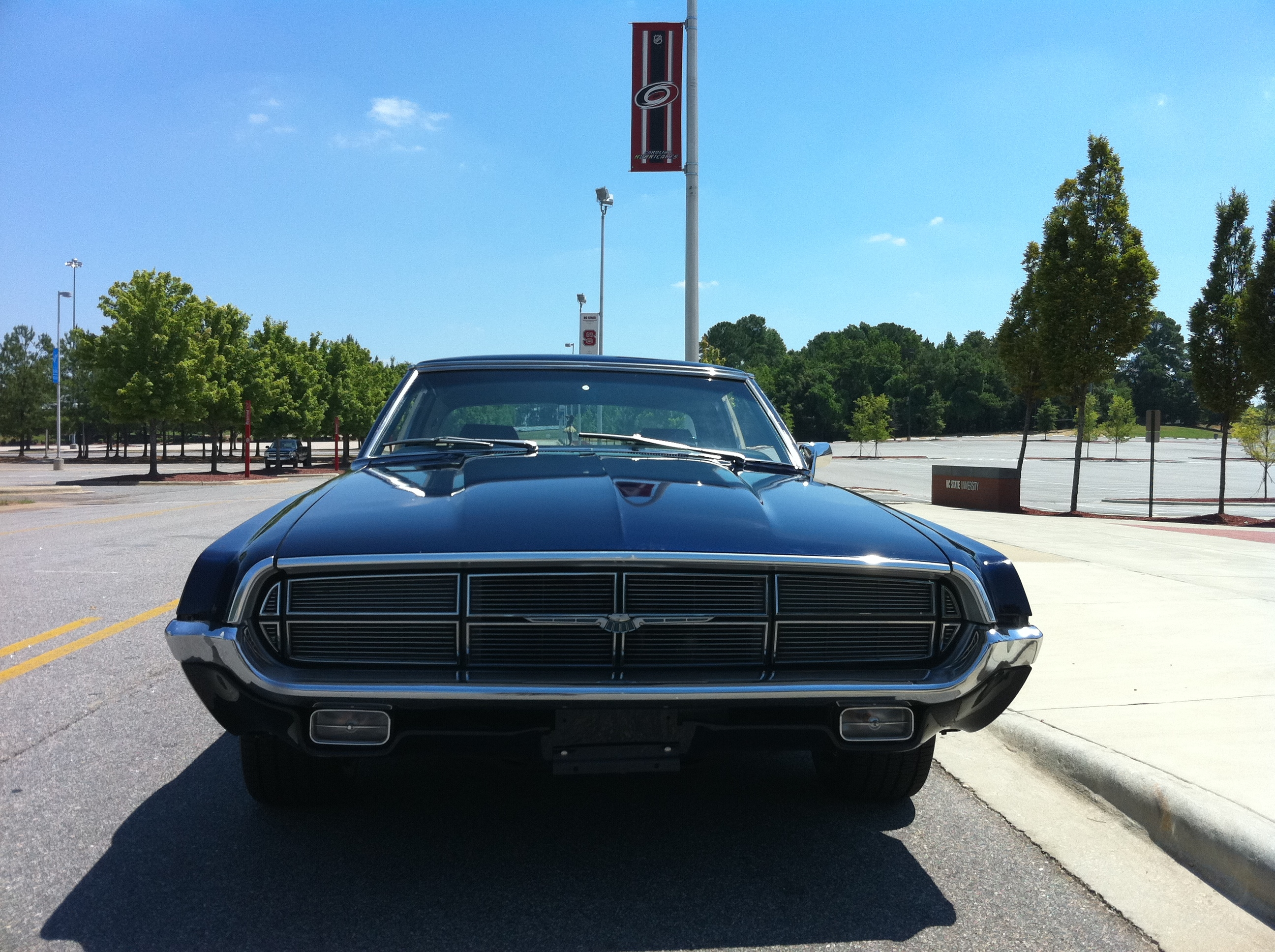 Ford thunderbird 1967 picture 2 of 2 front angle image - 1969_ford_thunderbird_front Jpg 2592 1936 1969 Ford Thunderbird Pinterest Ford Thunderbird And Ford